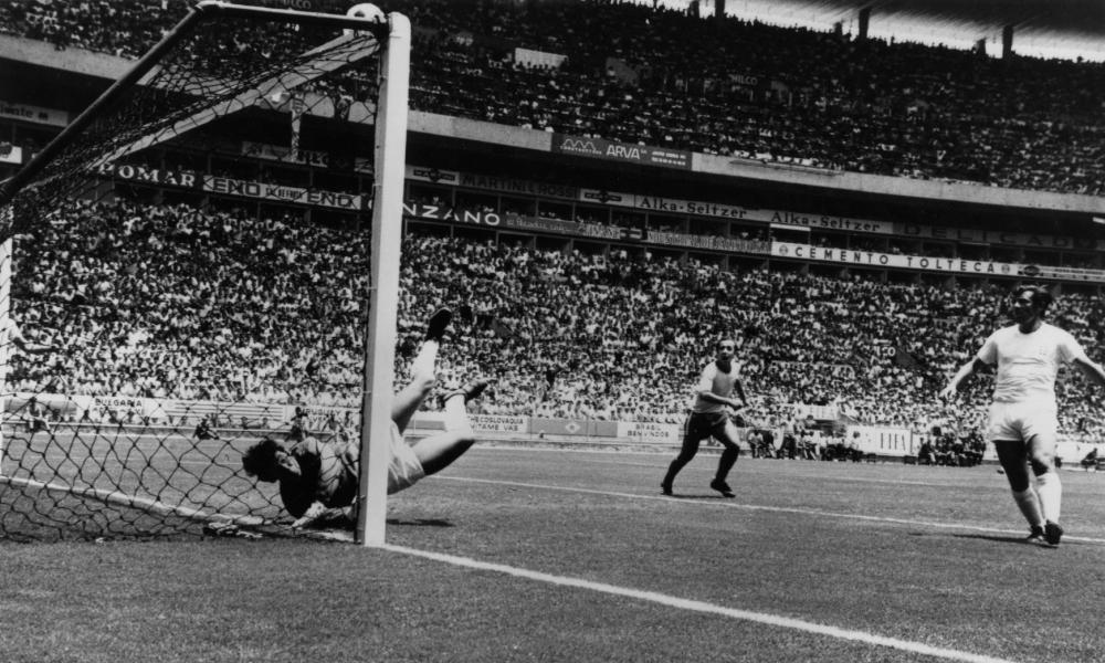 Banks' acrobatic save, preventing a header by Pele, was described as the 'greatest save ever'.