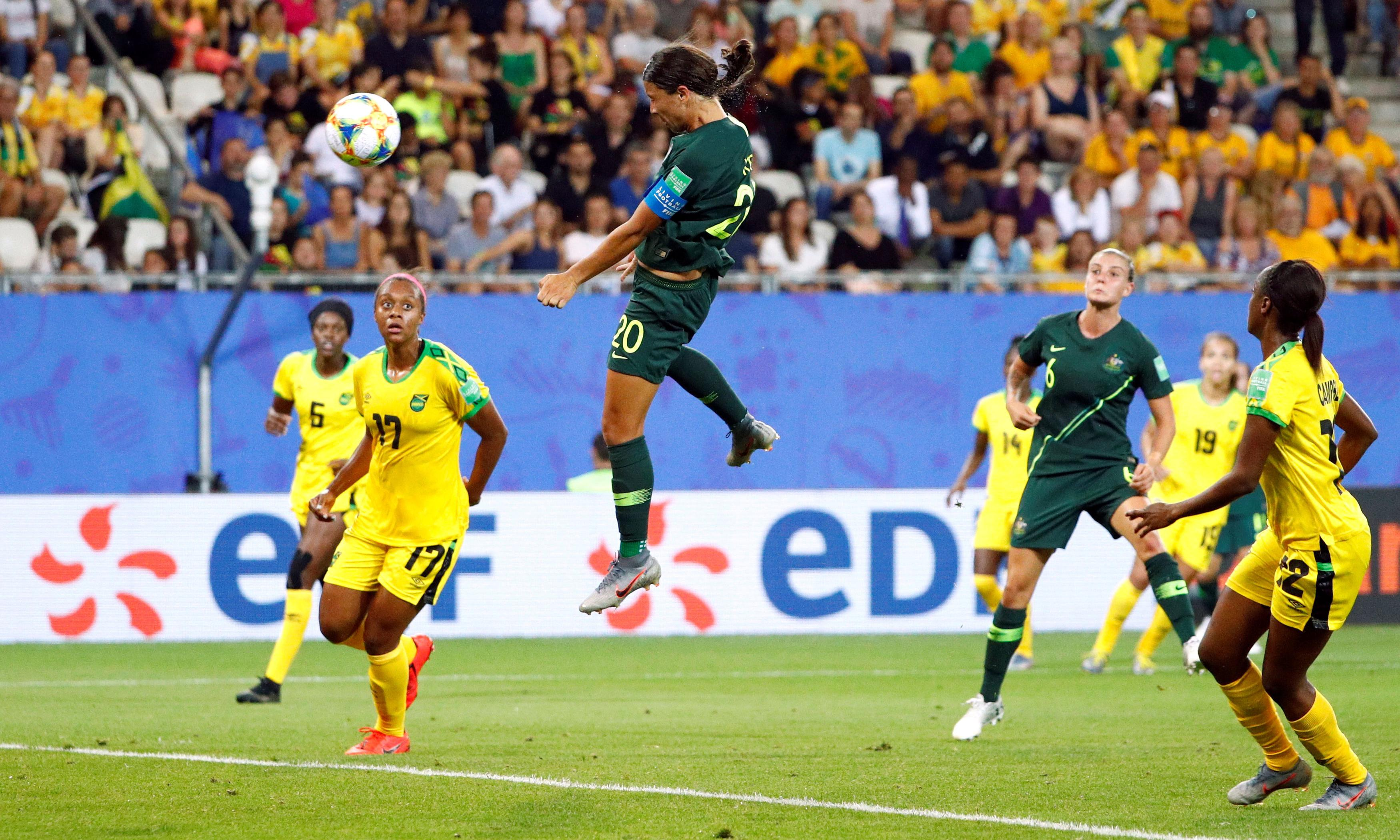 Sam Kerr nets four as Australia qualify for Women's World Cup last 16