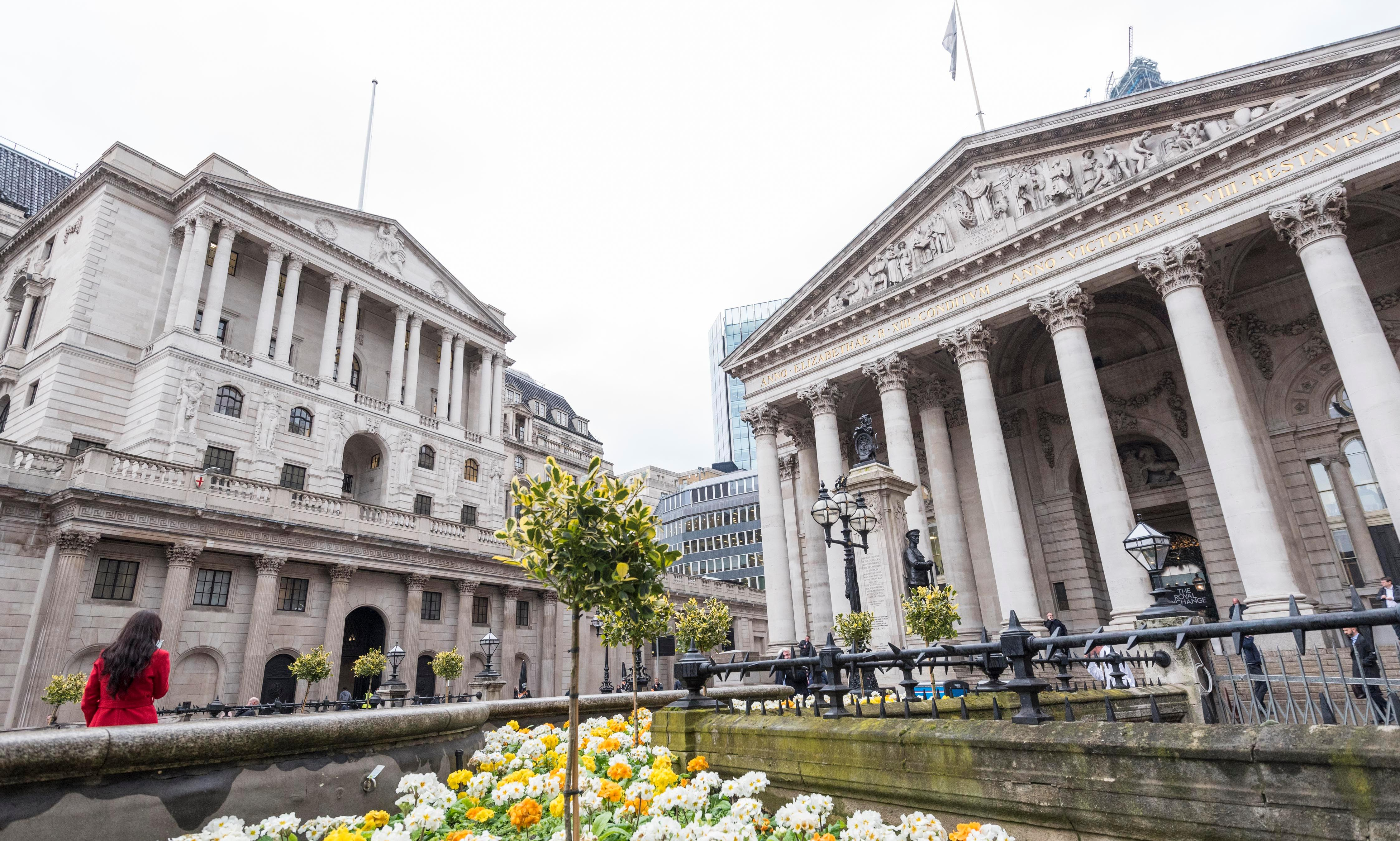 Bank of England keeps rates unchanged as it cuts growth forecast to zero