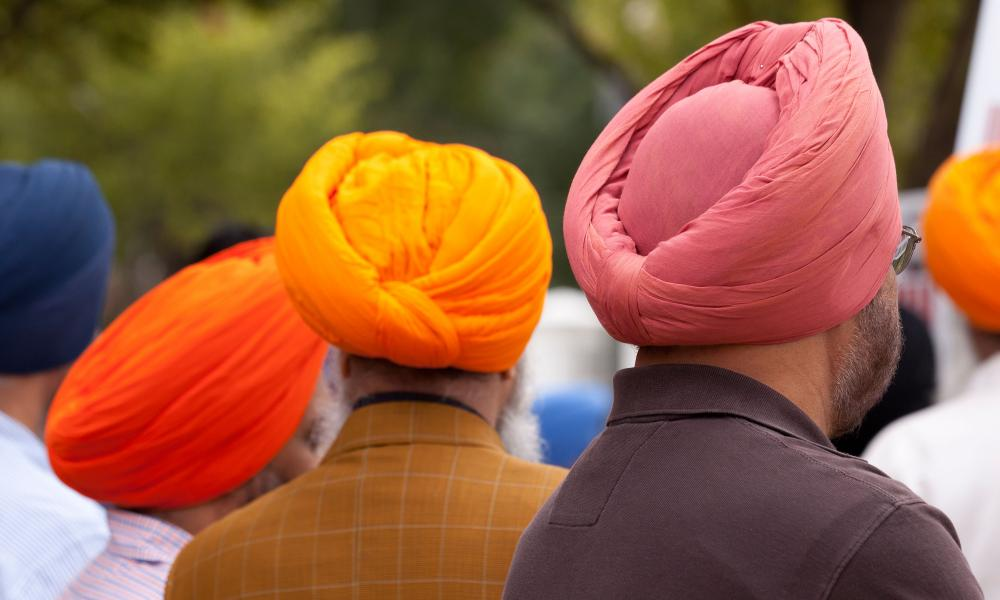 Sikh men wearing dastar
