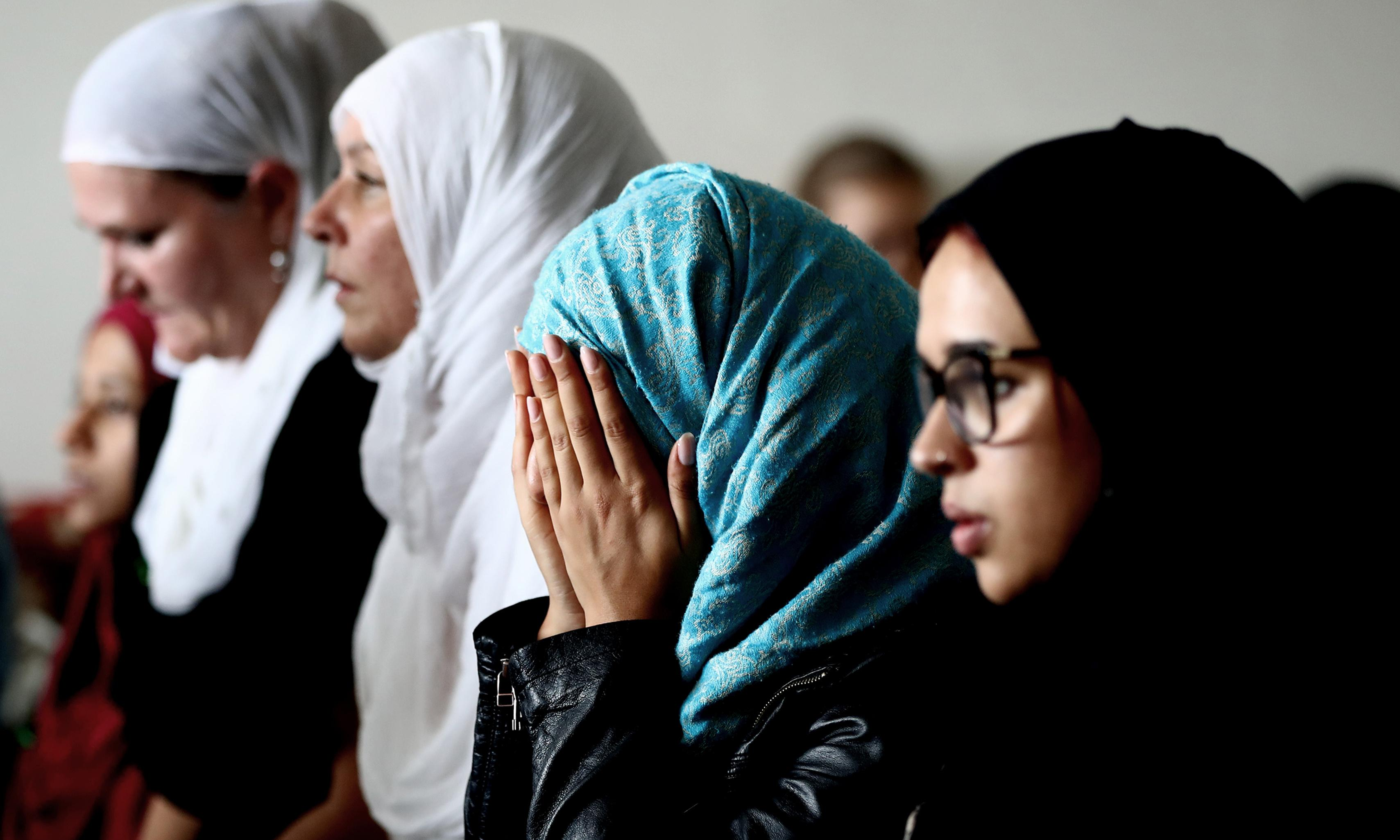 'The nation is behind us': New Zealand shares pain of Christchurch Muslims