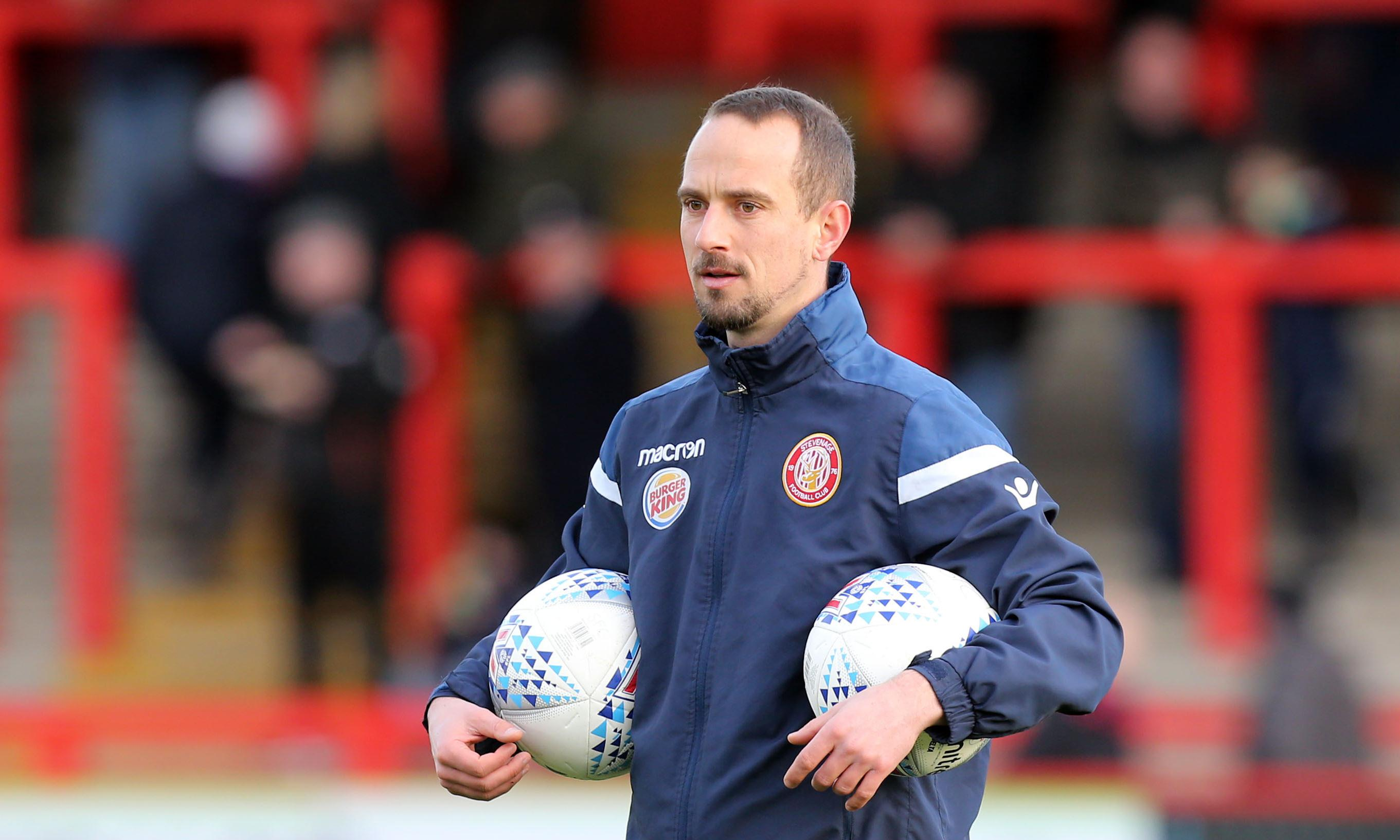 FA dismisses charge against Mark Sampson over alleged racist remark