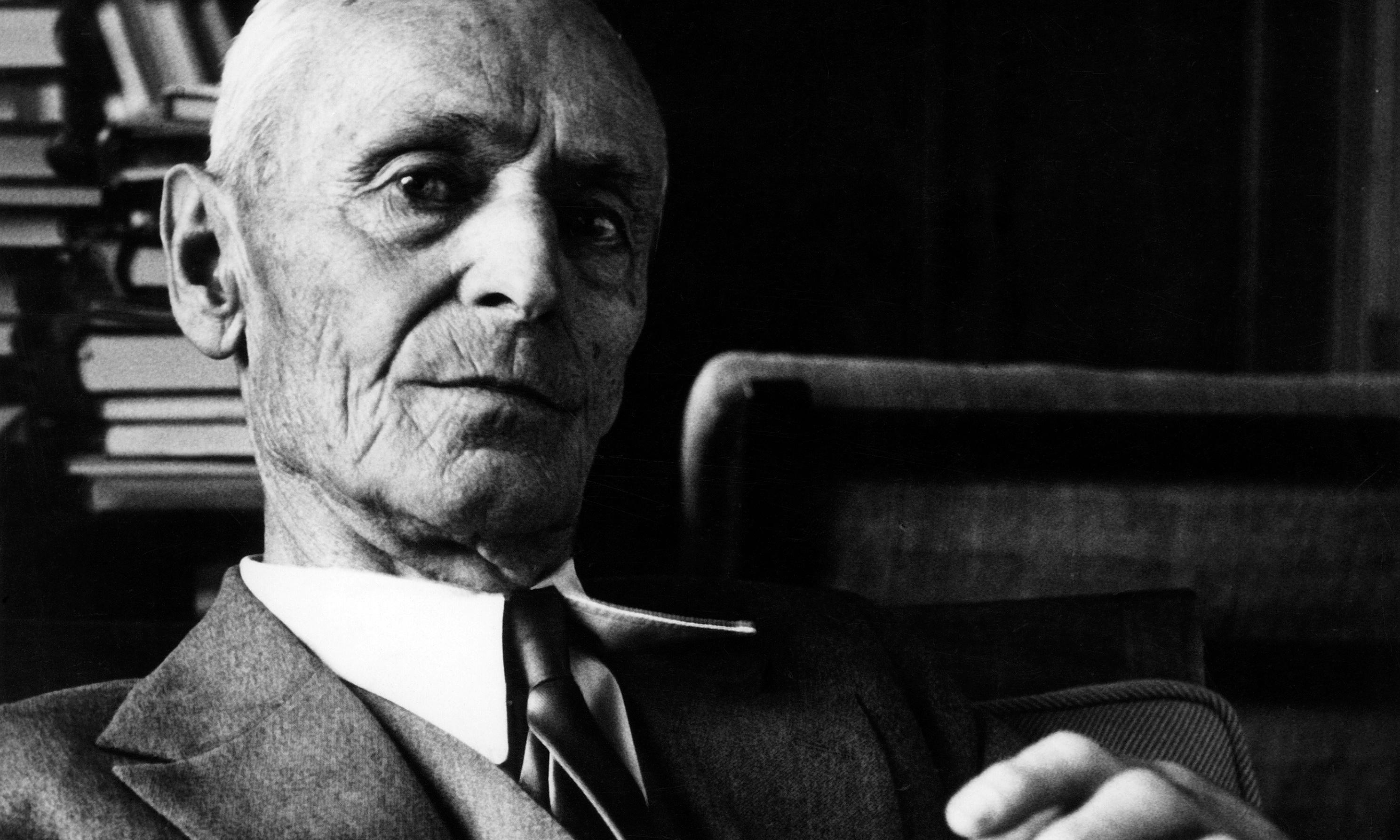 Hesse by Gunnar Decker review – journeys into self-analysis and psychedelia