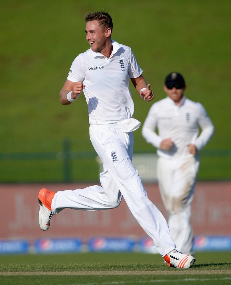 Stuart Broad celebrates dismissing Younis Khan.