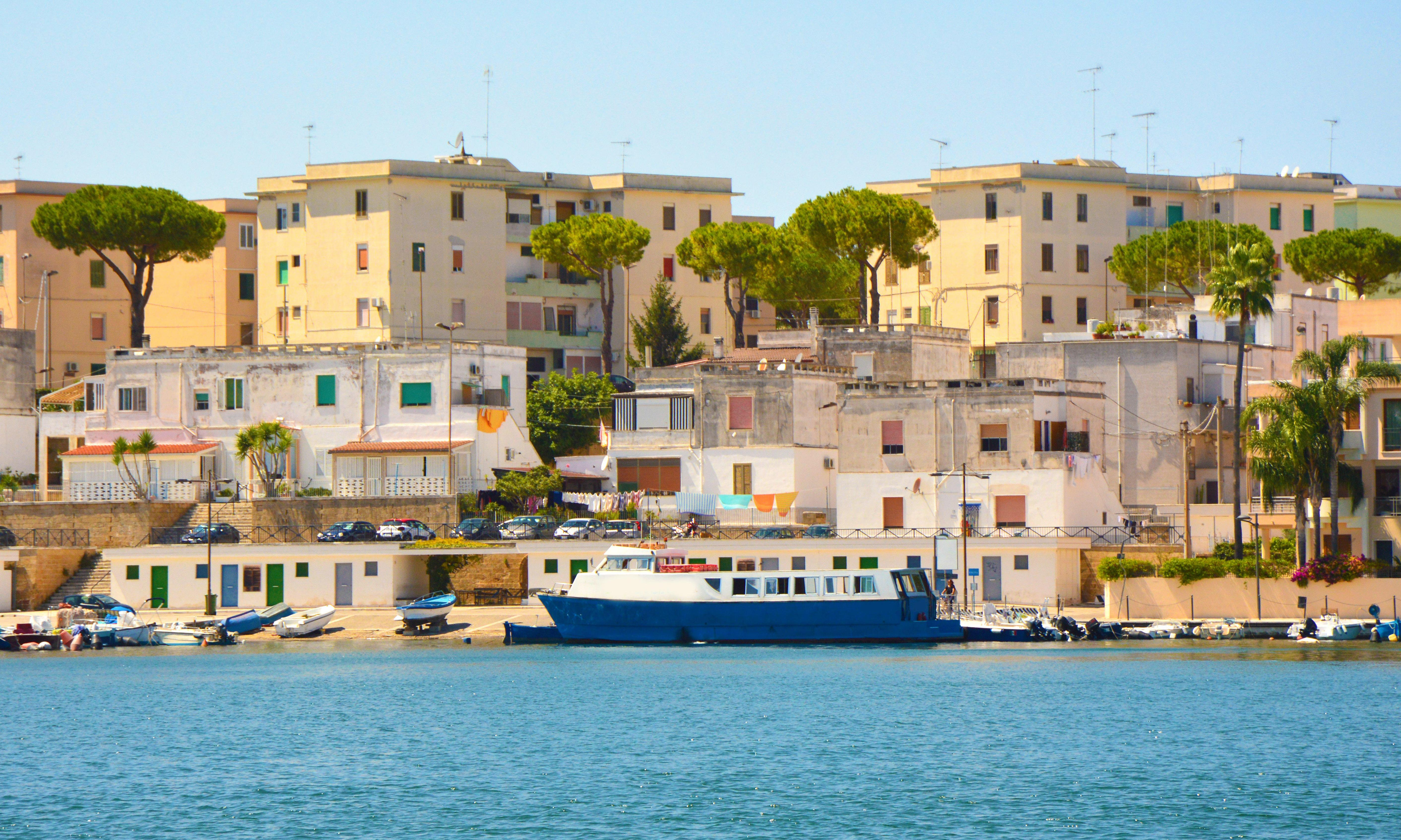 Italy: more than 50,000 evacuated in Brindisi after WW2 bomb found