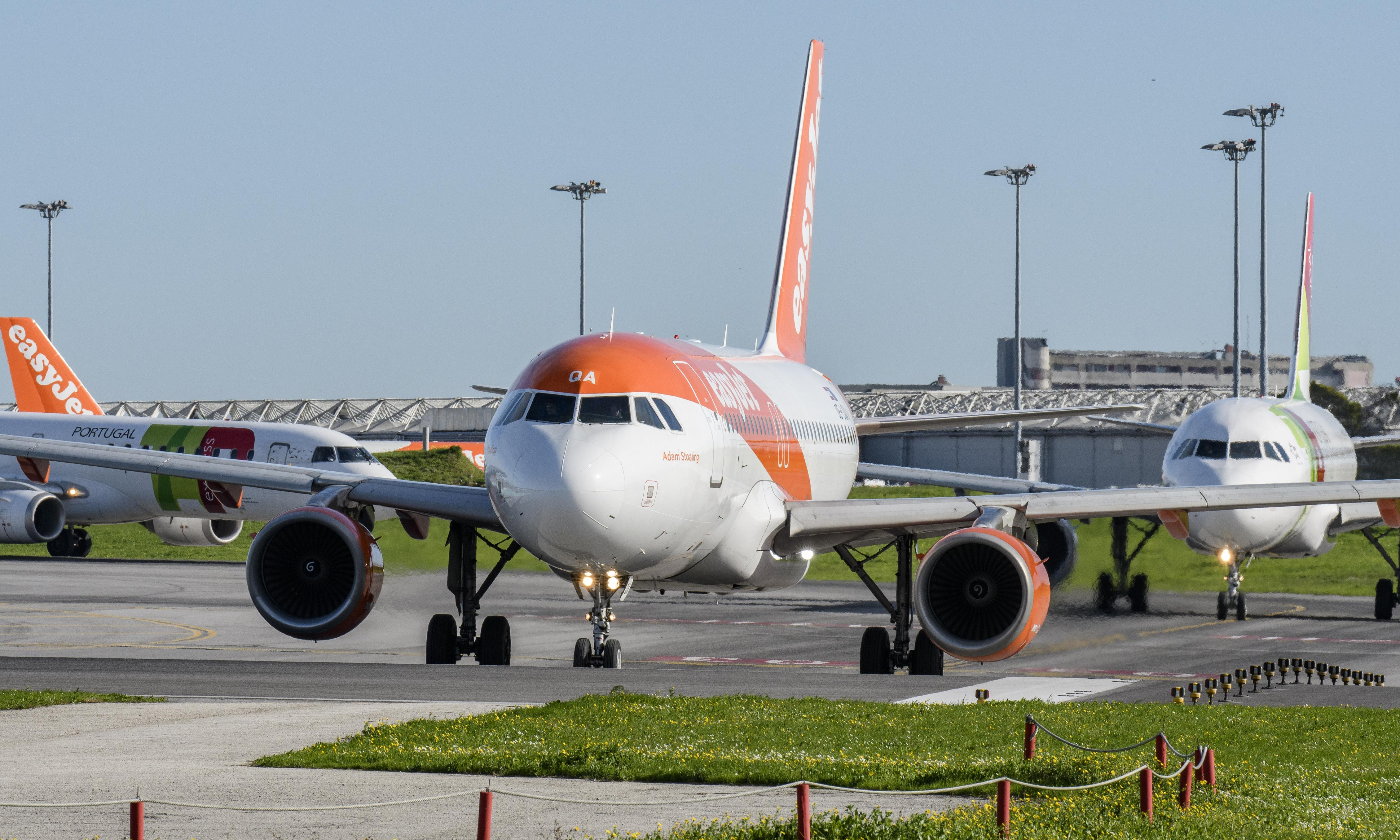 EasyJet to cancel flights and impose pay freeze amid coronavirus fears
