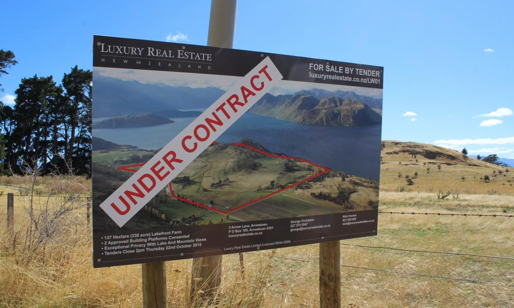 Luxury real-estate and land for sale on the Wanaka-Mt Aspiring Road.