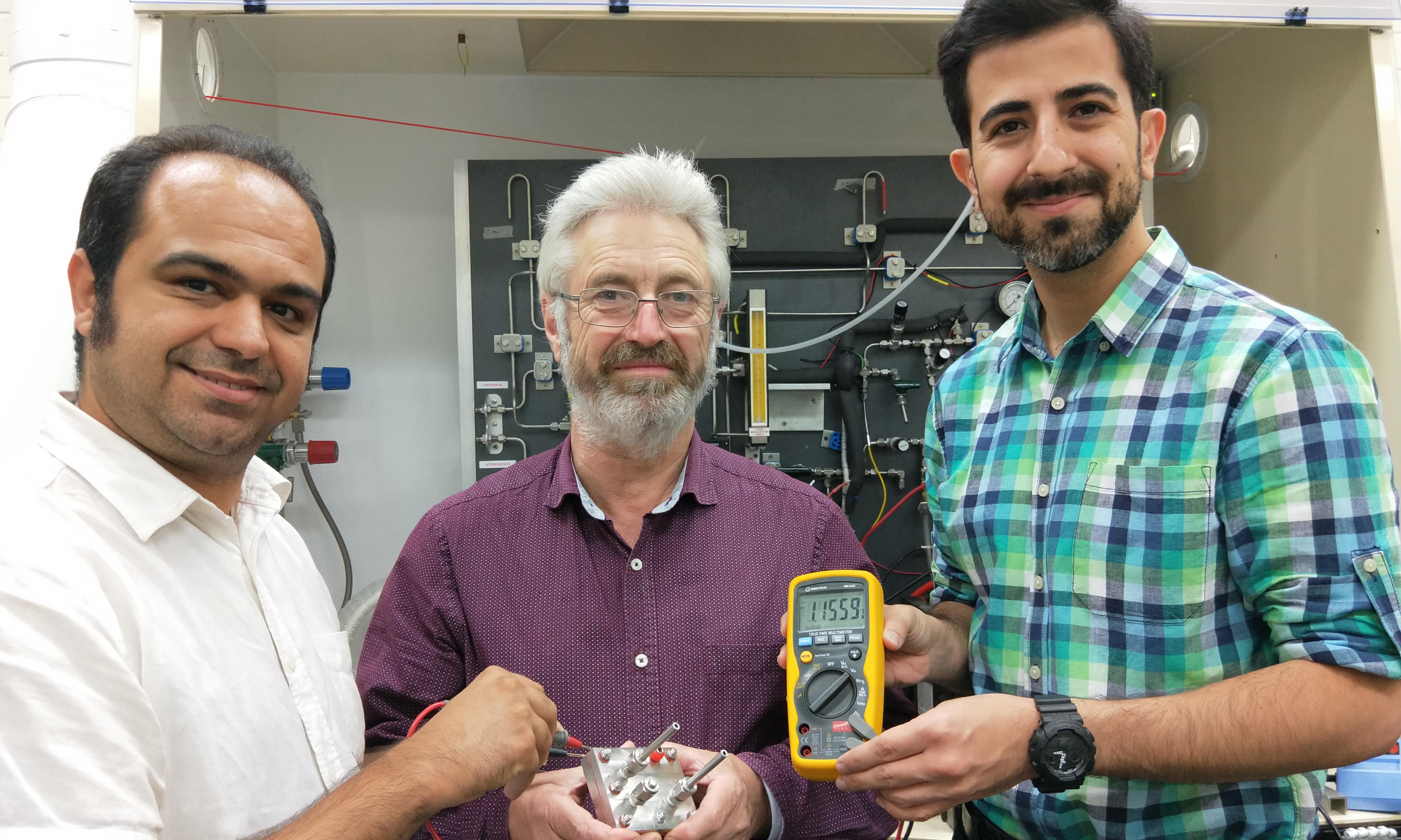 Look, no lithium! First rechargeable proton battery created