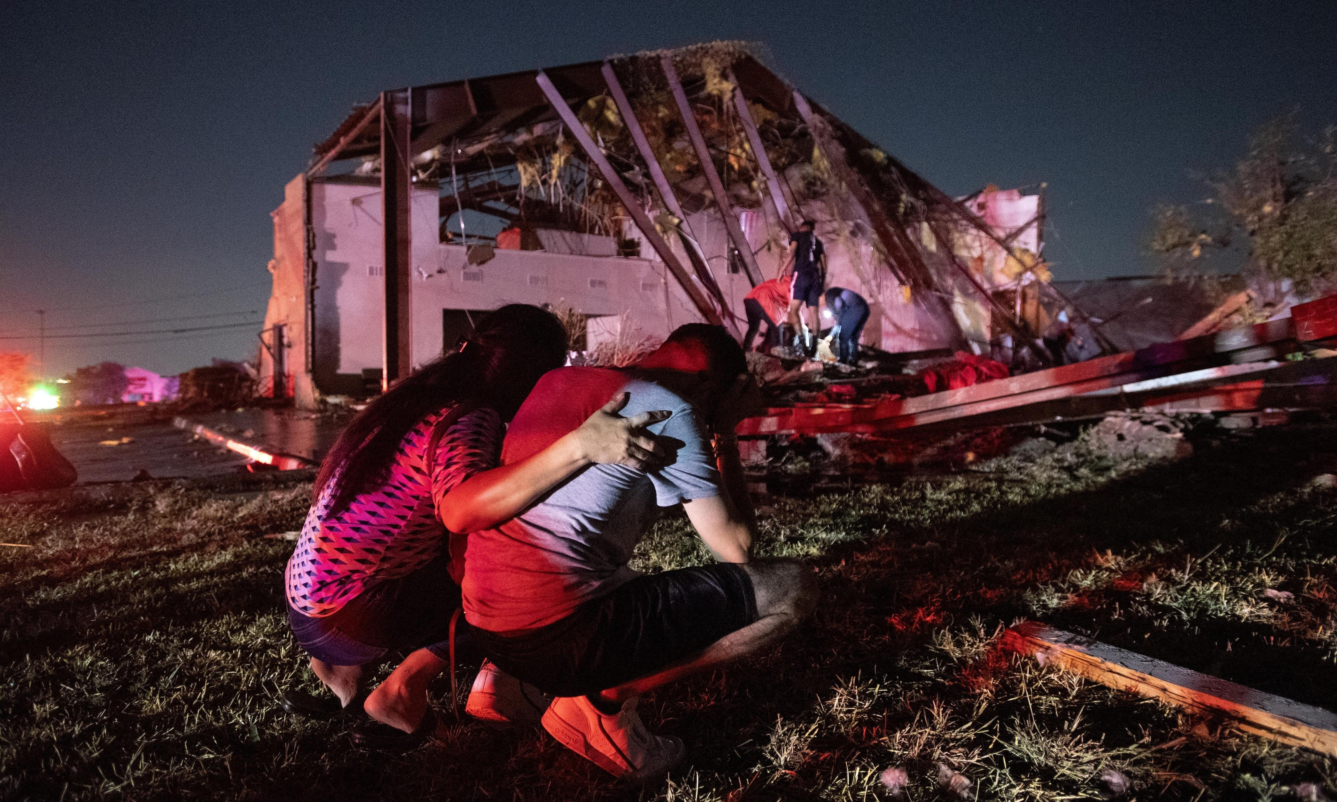 One killed in Arkansas as tornado moves north-east from Dallas