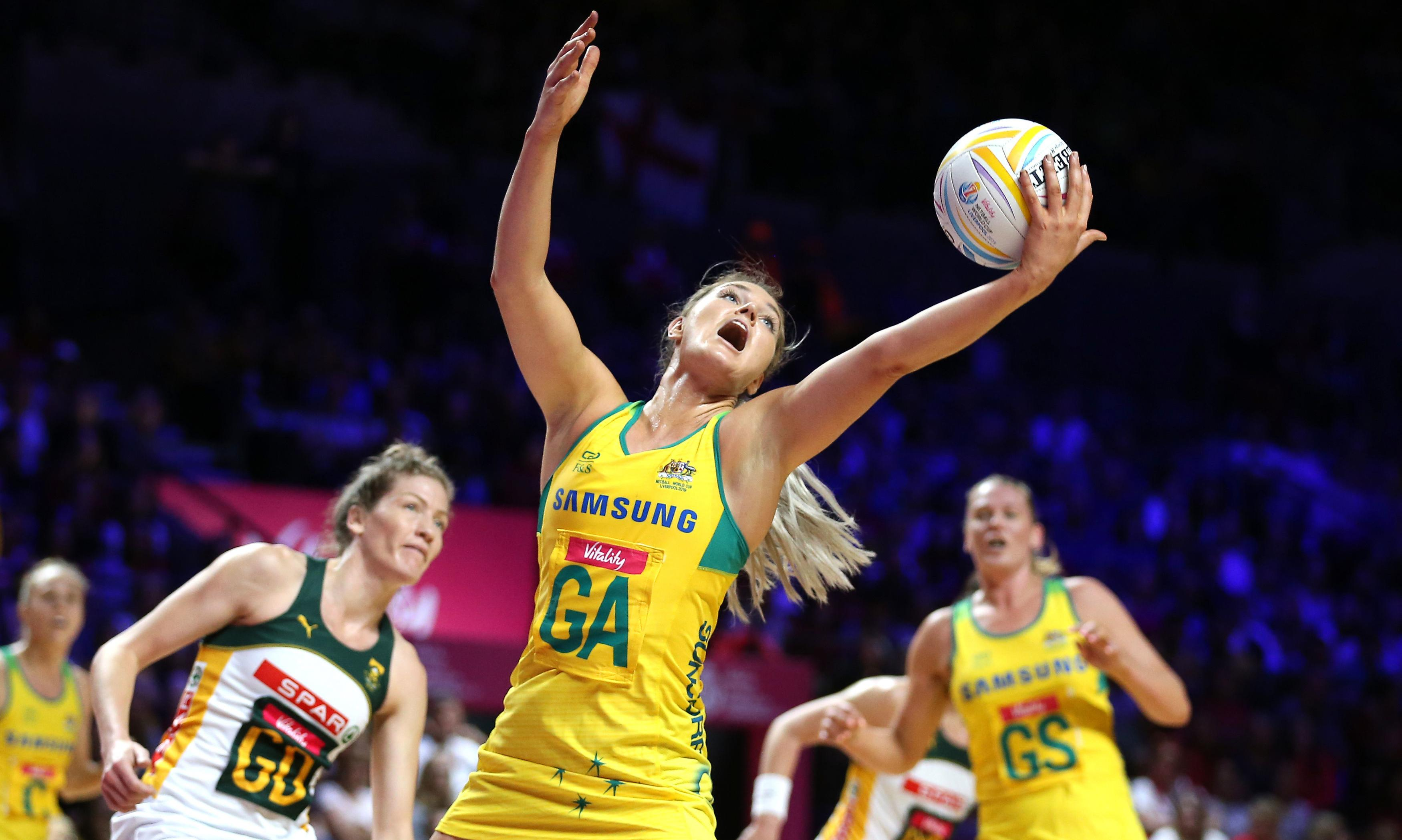 Australia squeak into Netball World Cup final after heart-stopping win over South Africa
