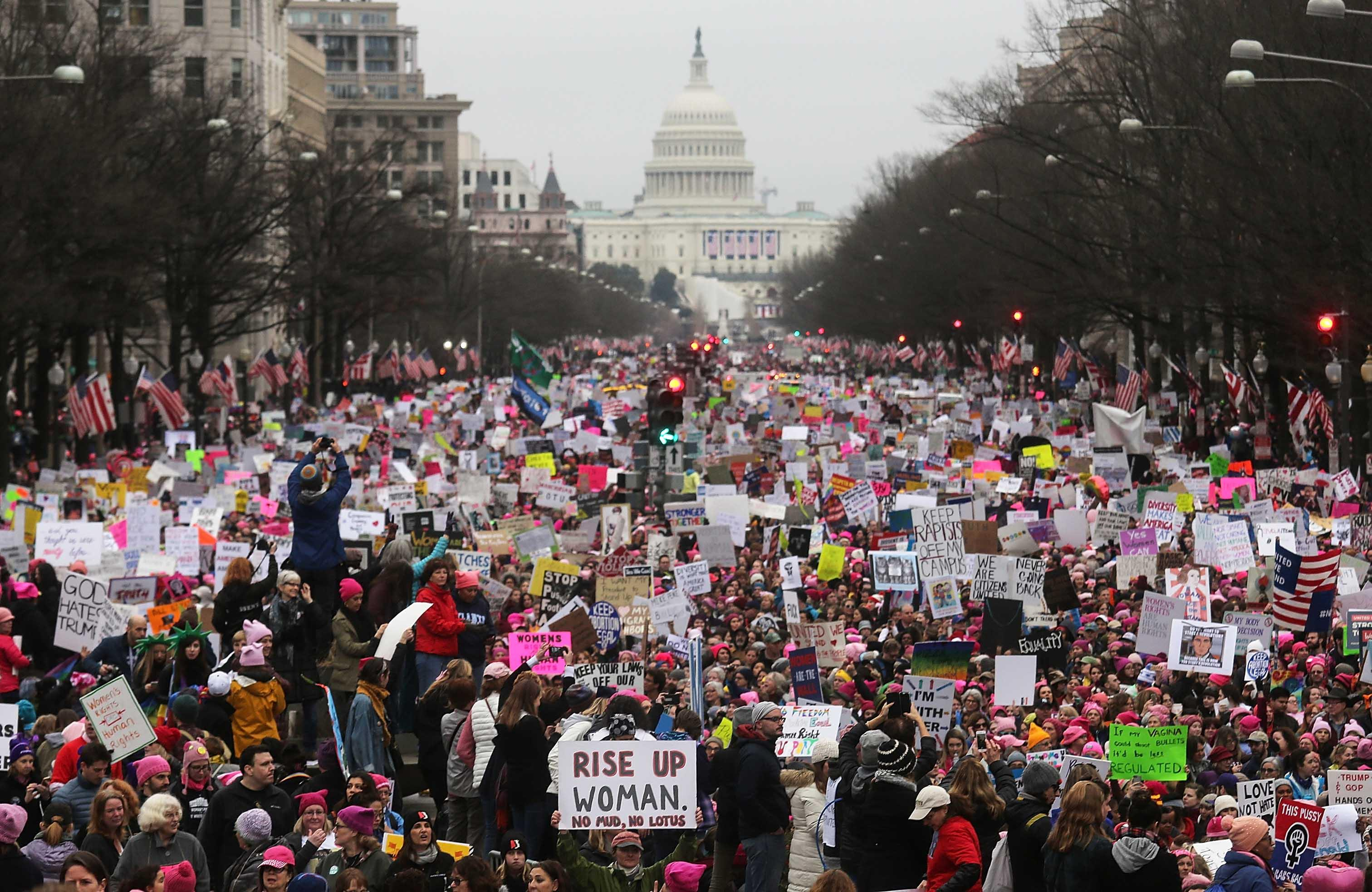 National Archives sorry for blurring anti-Trump signs in Women's March photo