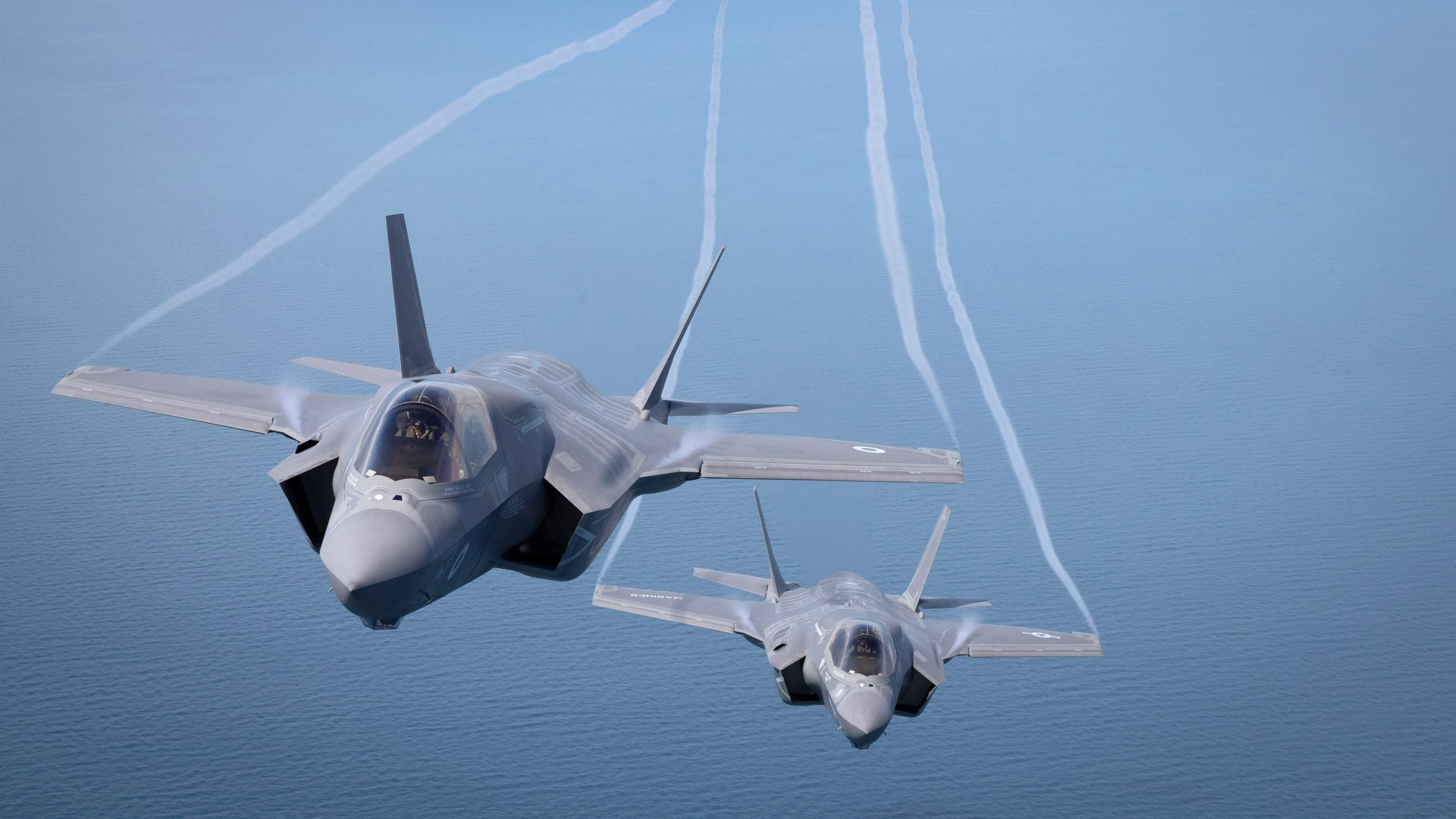 First two F-35A fighter jets to arrive in Australia amid warning on cost