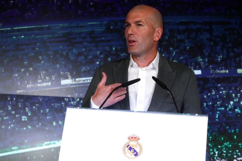 Zinedine Zidane takes to the stage