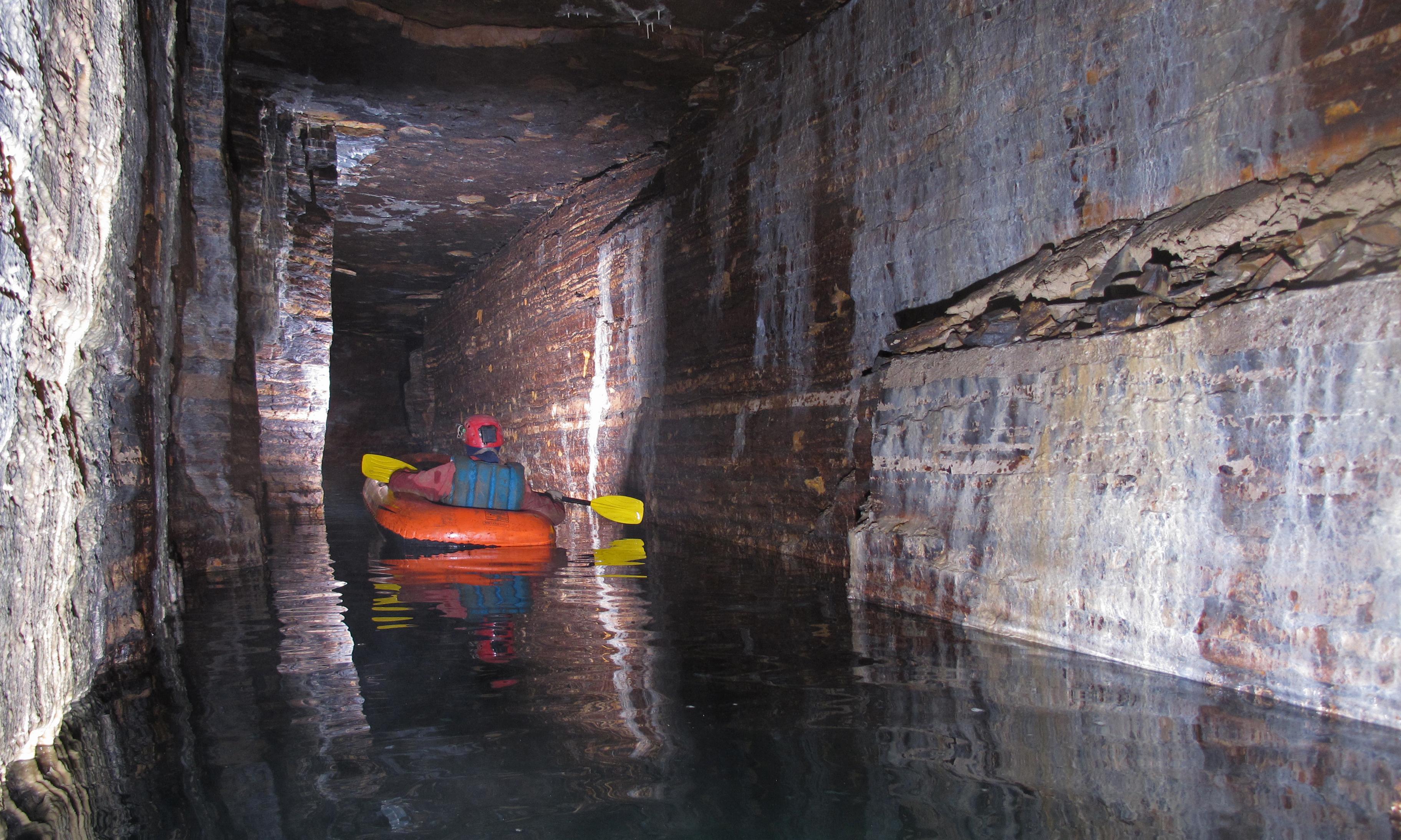 Amateur explorers discover vast underground passage beneath Montreal