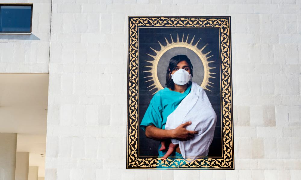 Ennobled … Dr A Shahid with Ember, 2020 by Mahtab Hussain. Photograph: Linda Nylind
