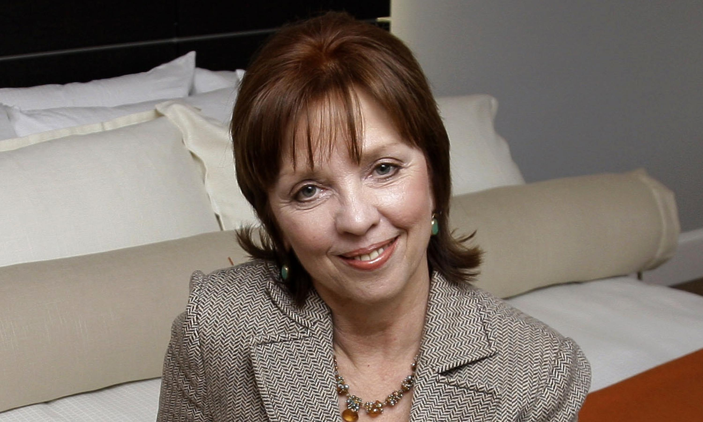Nora Roberts files 'multi-plagiarism' lawsuit alleging writer copied more than 40 authors