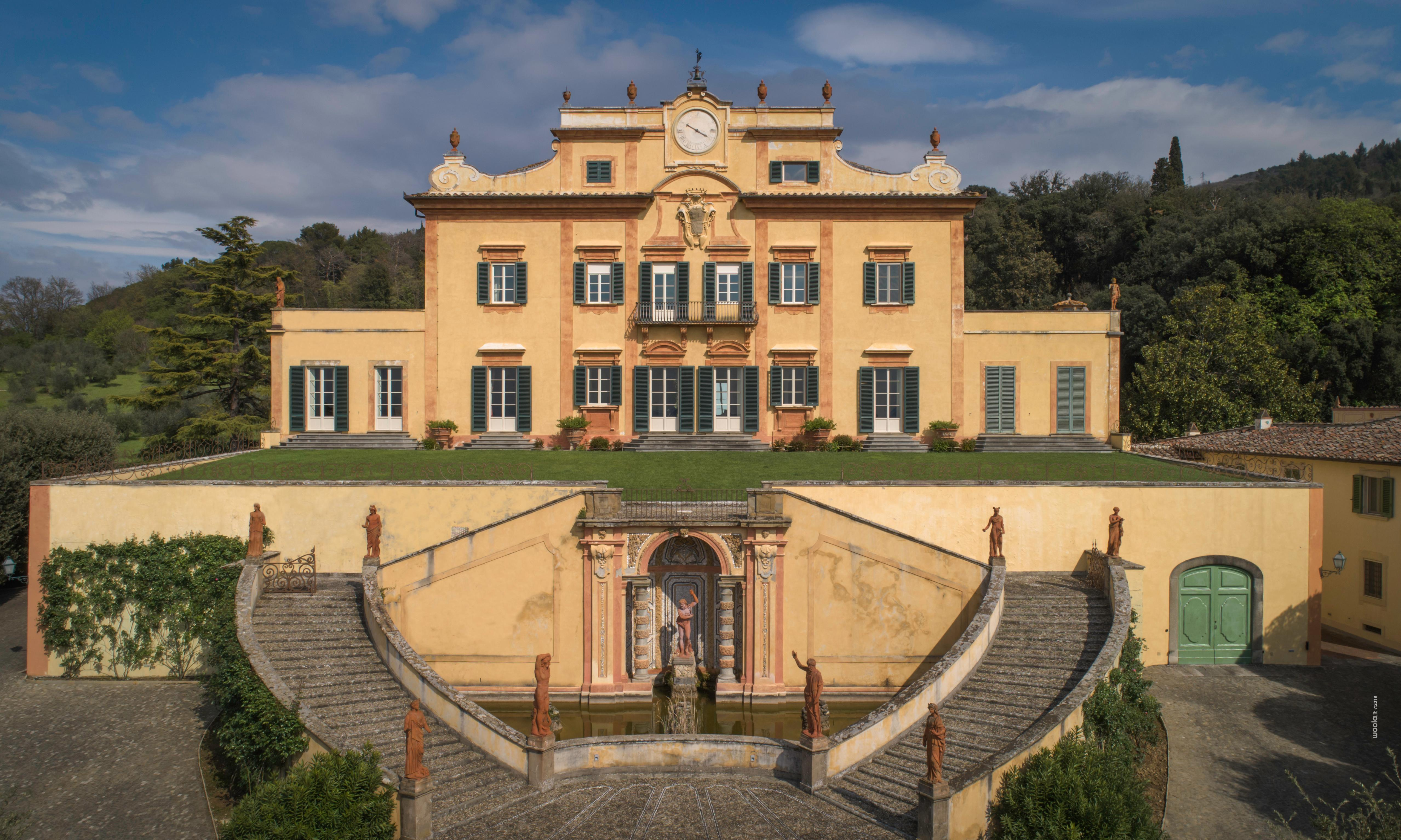 Super rich buying up Italy's mansions under new tax regime