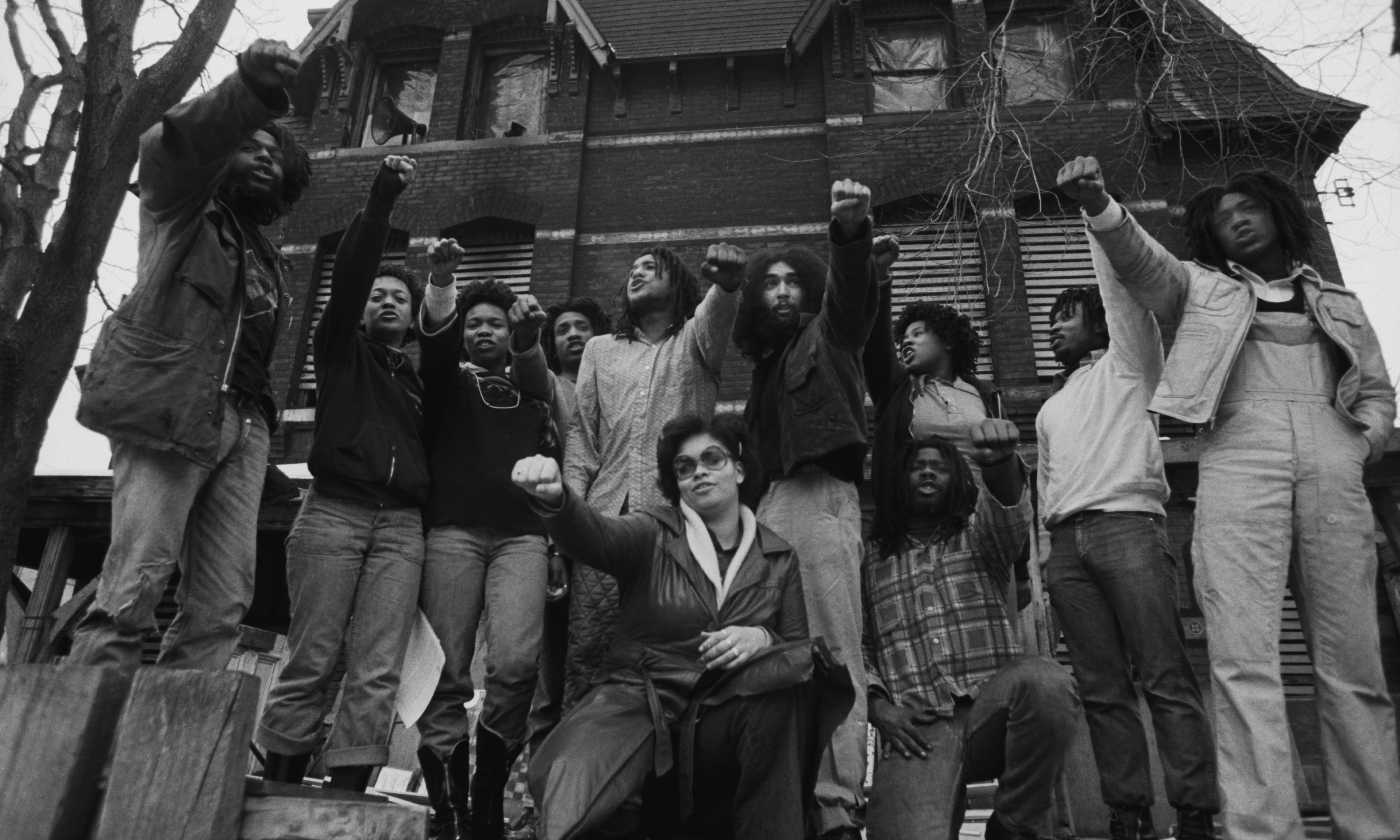 Move 9 women freed after 40 years in jail over Philadelphia police siege