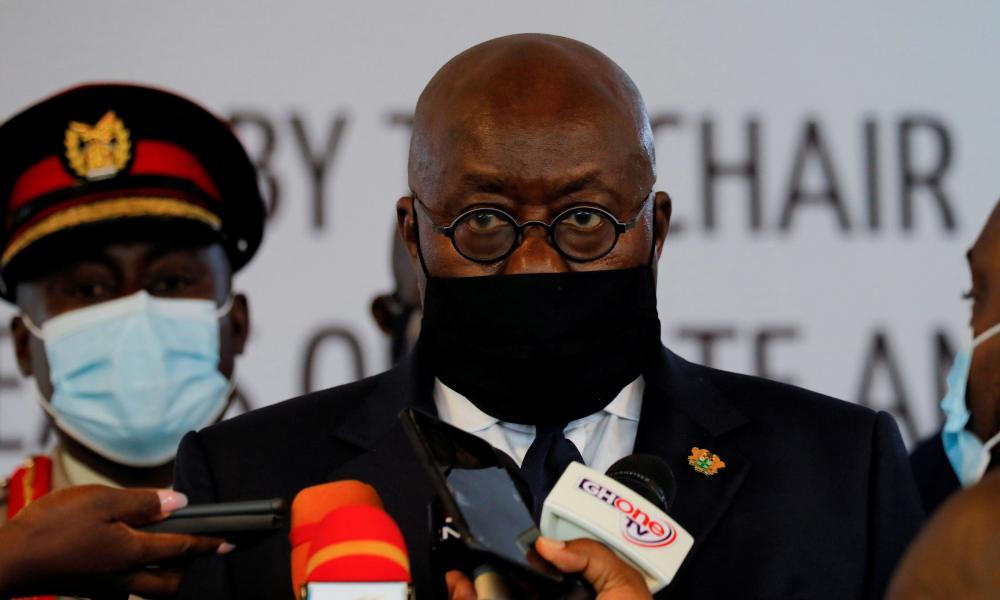 Ghanaian President Nana Akufo-Addo speaks to journalists in Accra in September.
