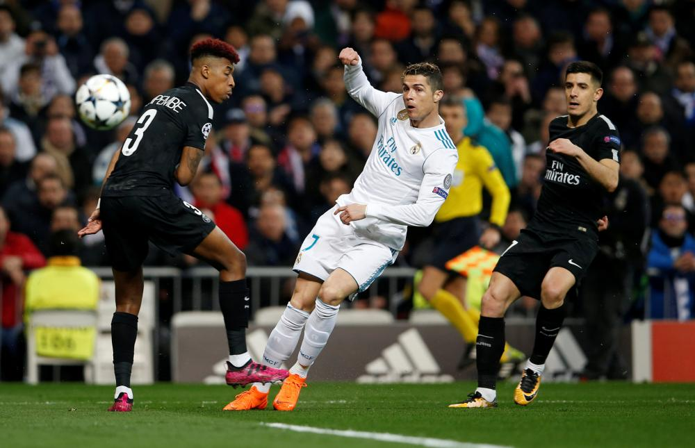 Ronaldo hits the volley.