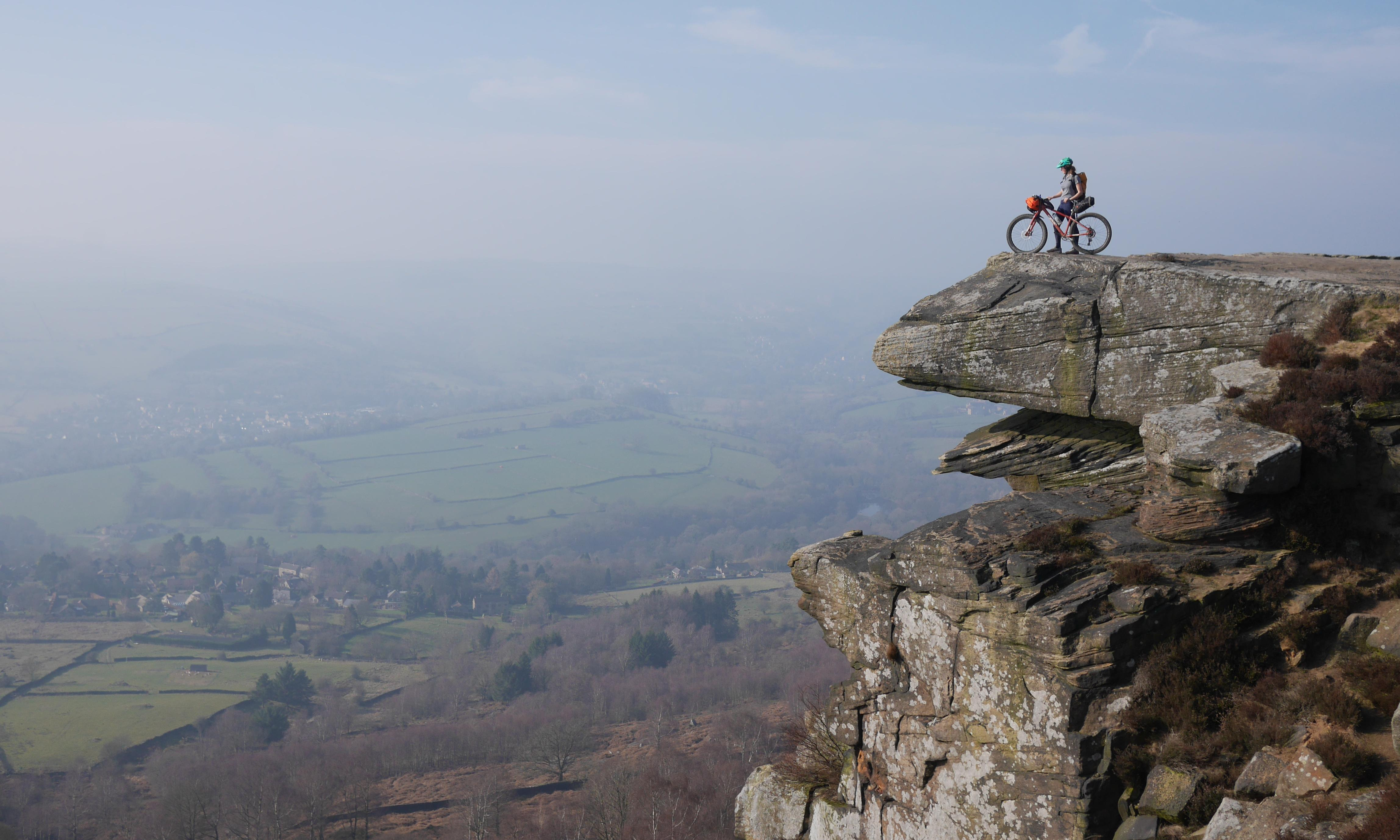 Too posh to pitch? Easy bikepacking in the Peak District