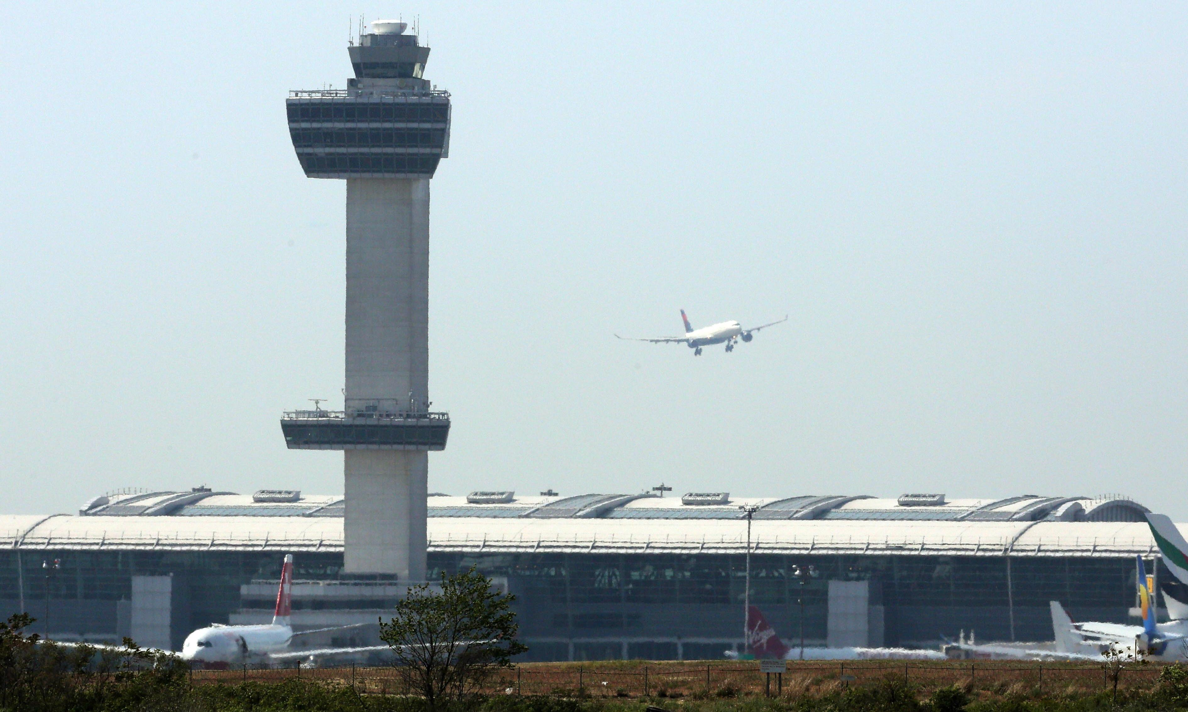 Air traffic controllers' union issues dire safety warning over shutdown