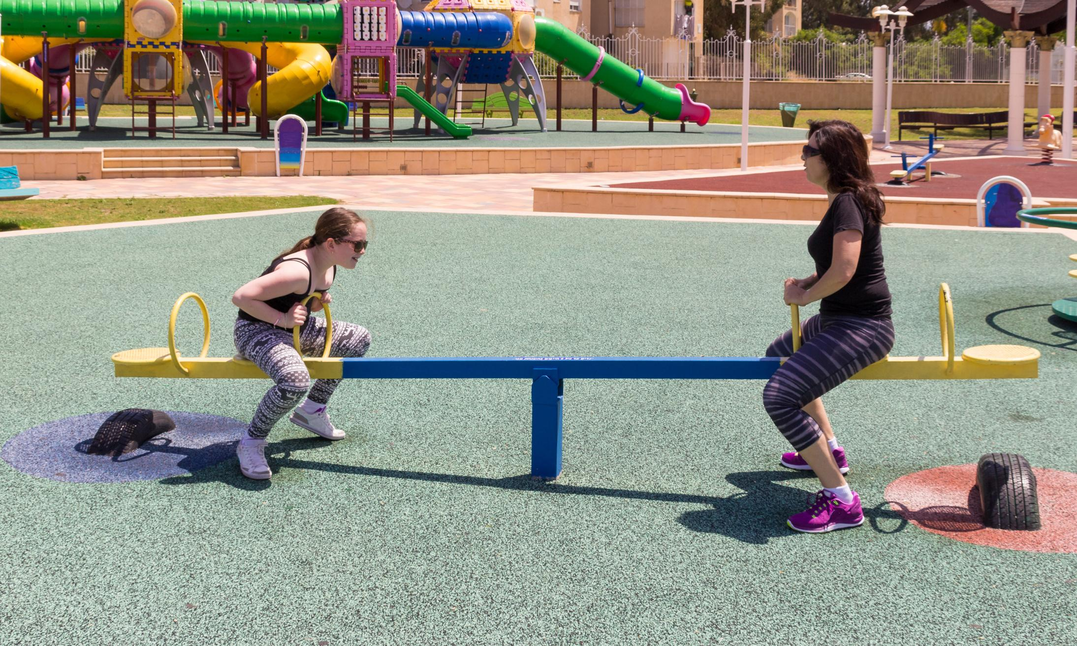US playgrounds: fears grow over health risks from rubber particles