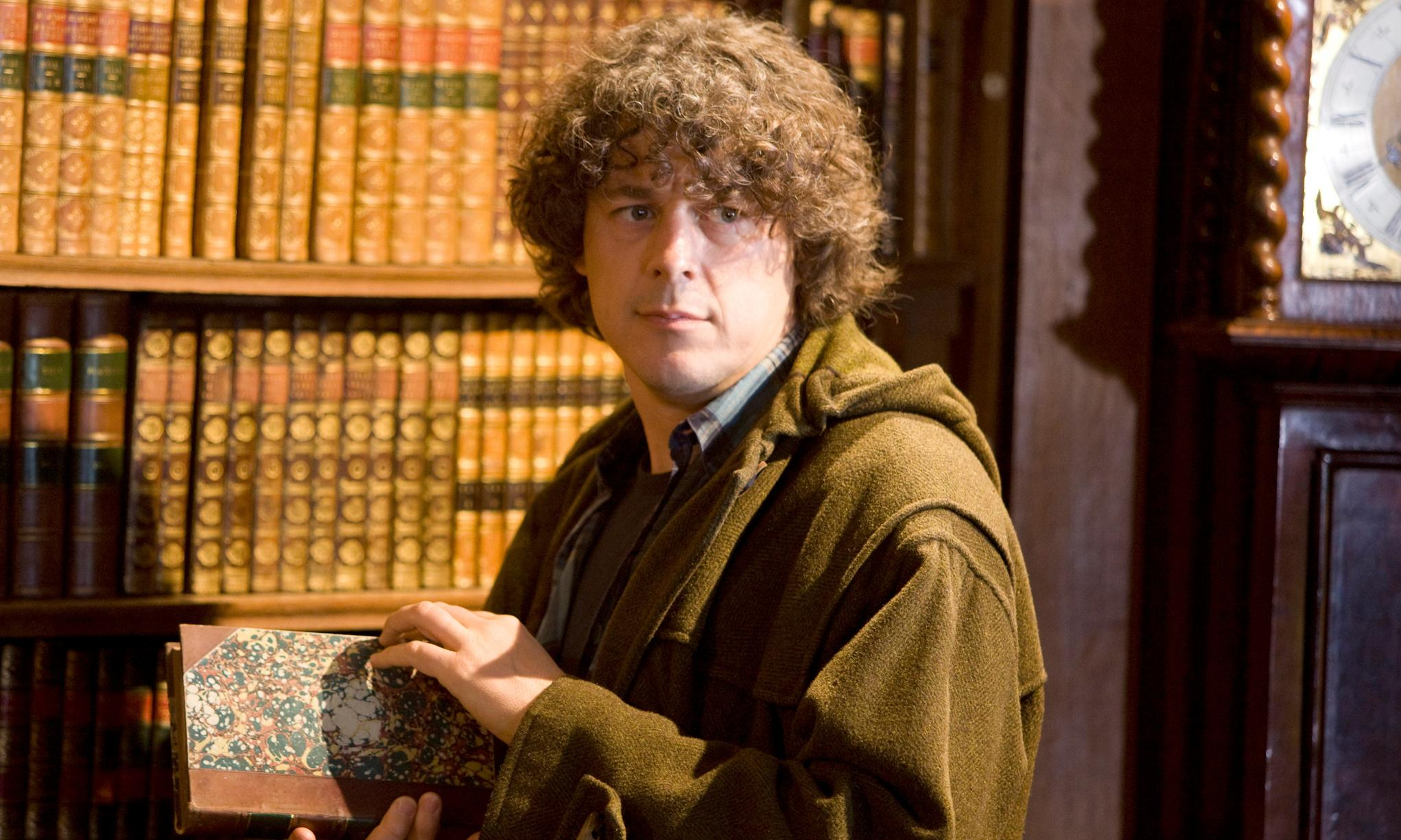 How Jonathan Creek went from geek in a duffel coat to boring besuited businessman