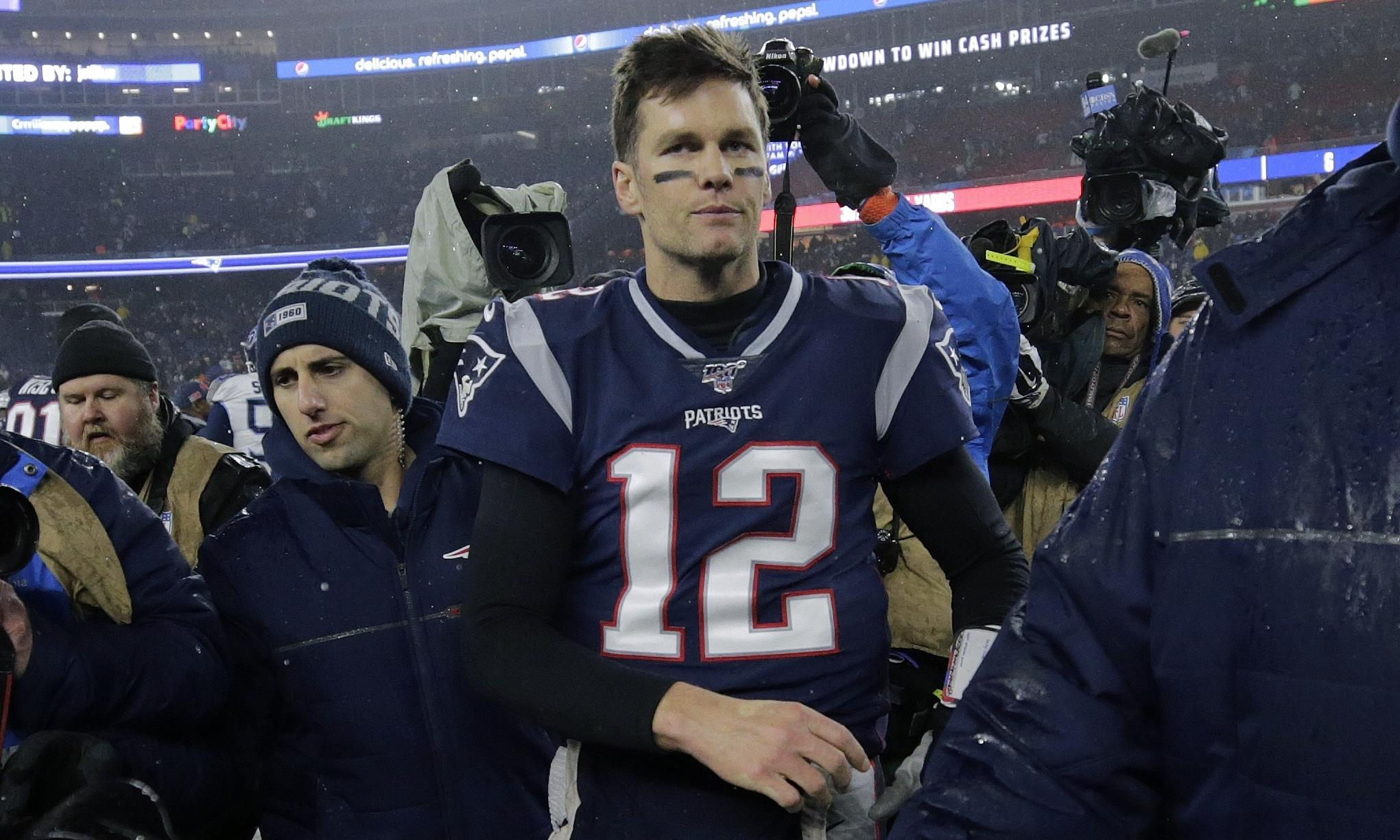 Tom Brady's next move: the Patriots, retirement or a new life in California?