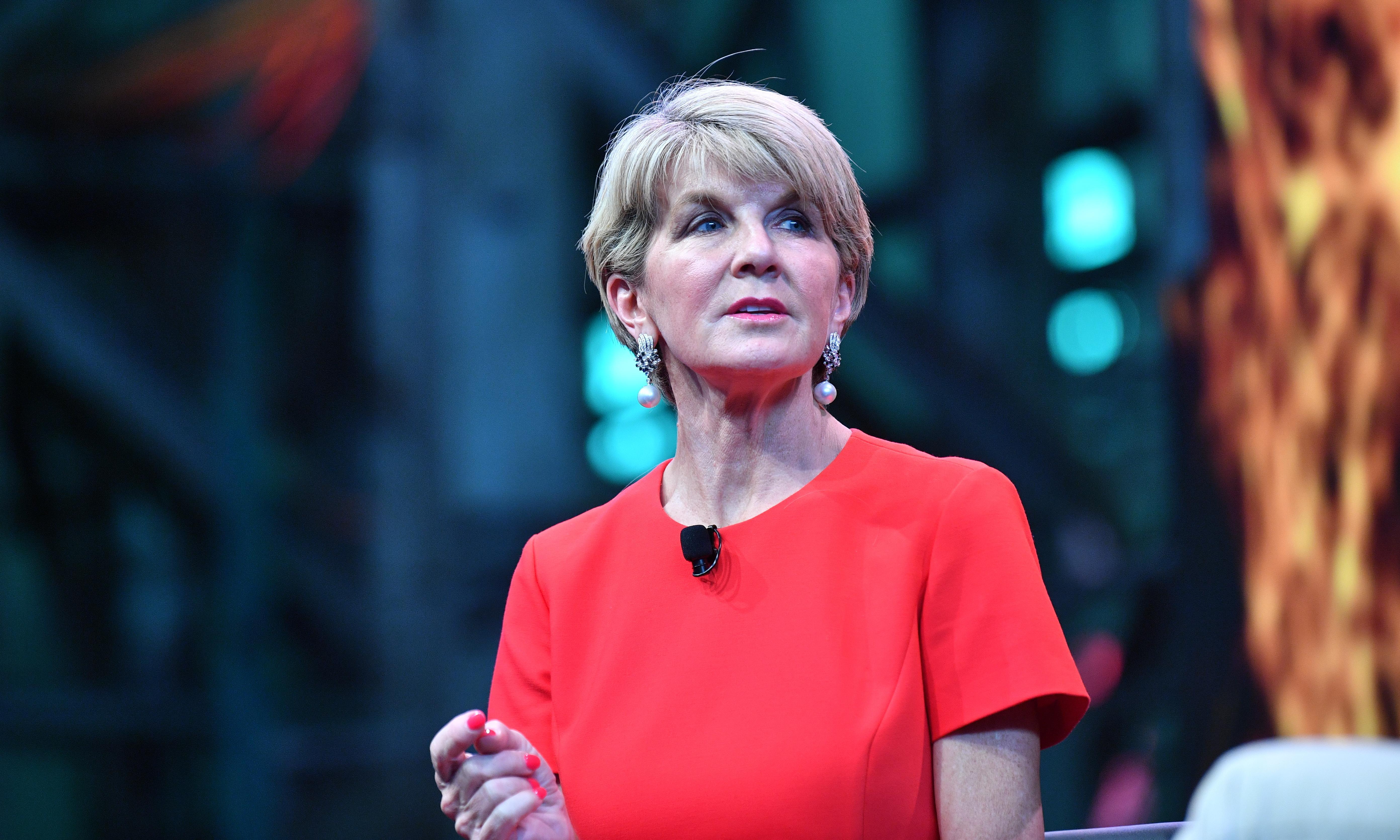 Julie Bishop praises Julia Banks and says parties need 50% female representation