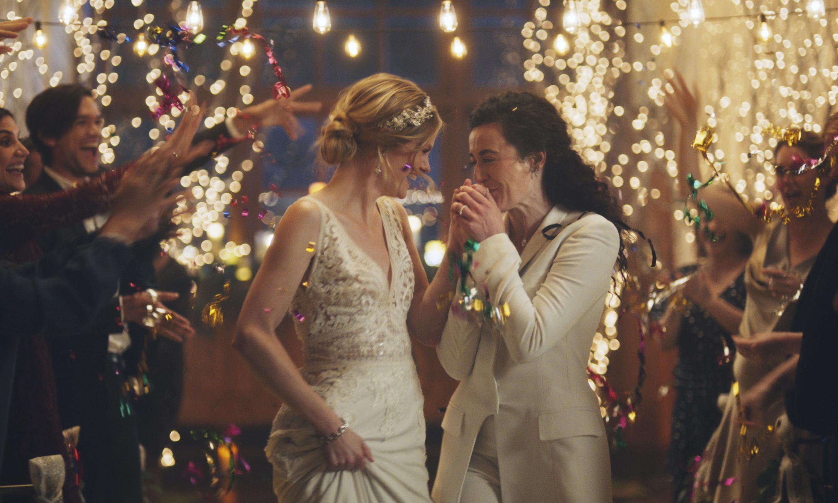Hallmark Channel pulls same-sex wedding ads under conservative pressure