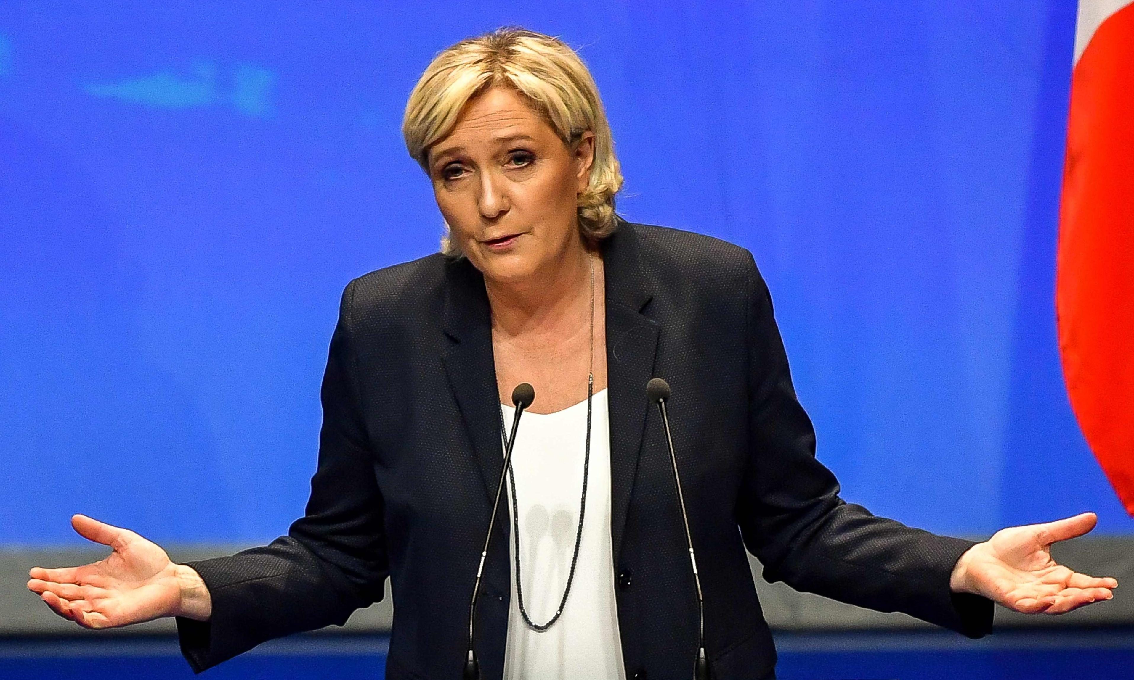 Marine Le Pen makes 'OK' hand gesture used by white supremacists