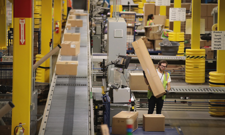 US economic growth stronger than expected despite weak demand