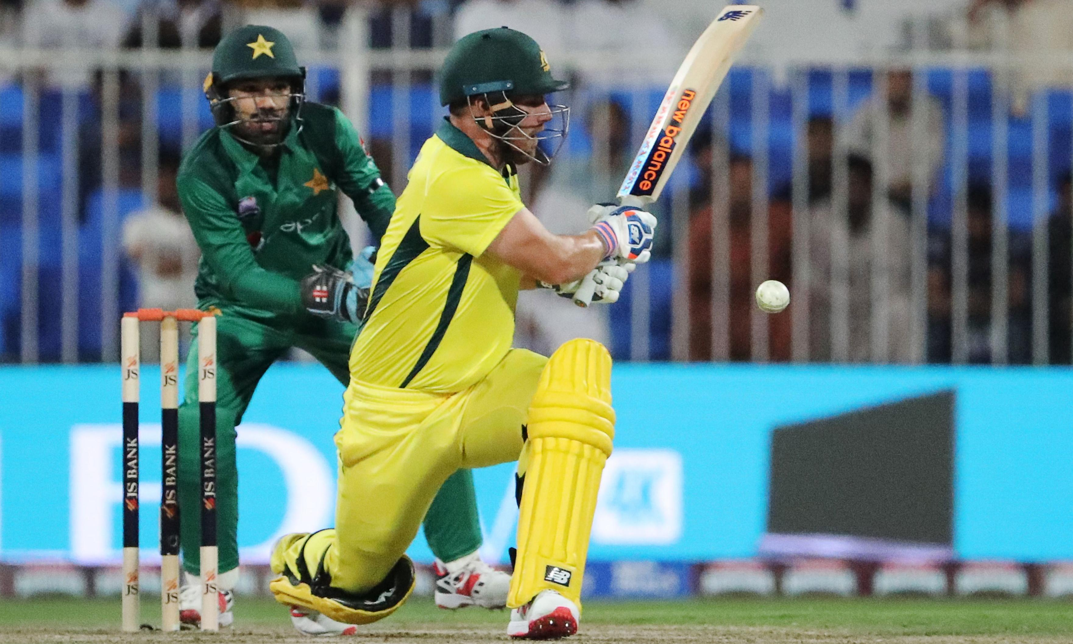 Aaron Finch hits match-winning century as Australia down Pakistan