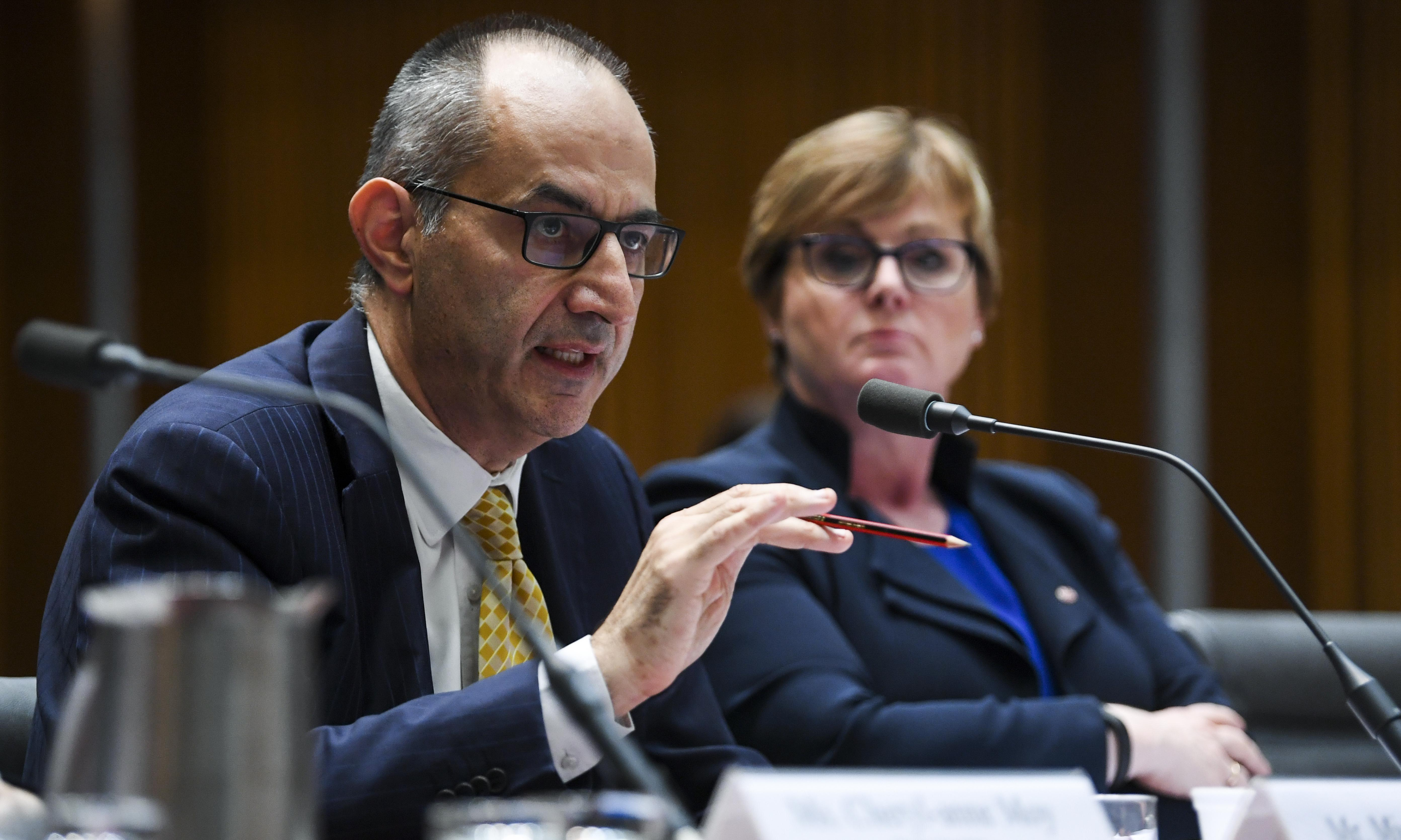 Home affairs denies it was 'desperate' when $423m Paladin contract awarded