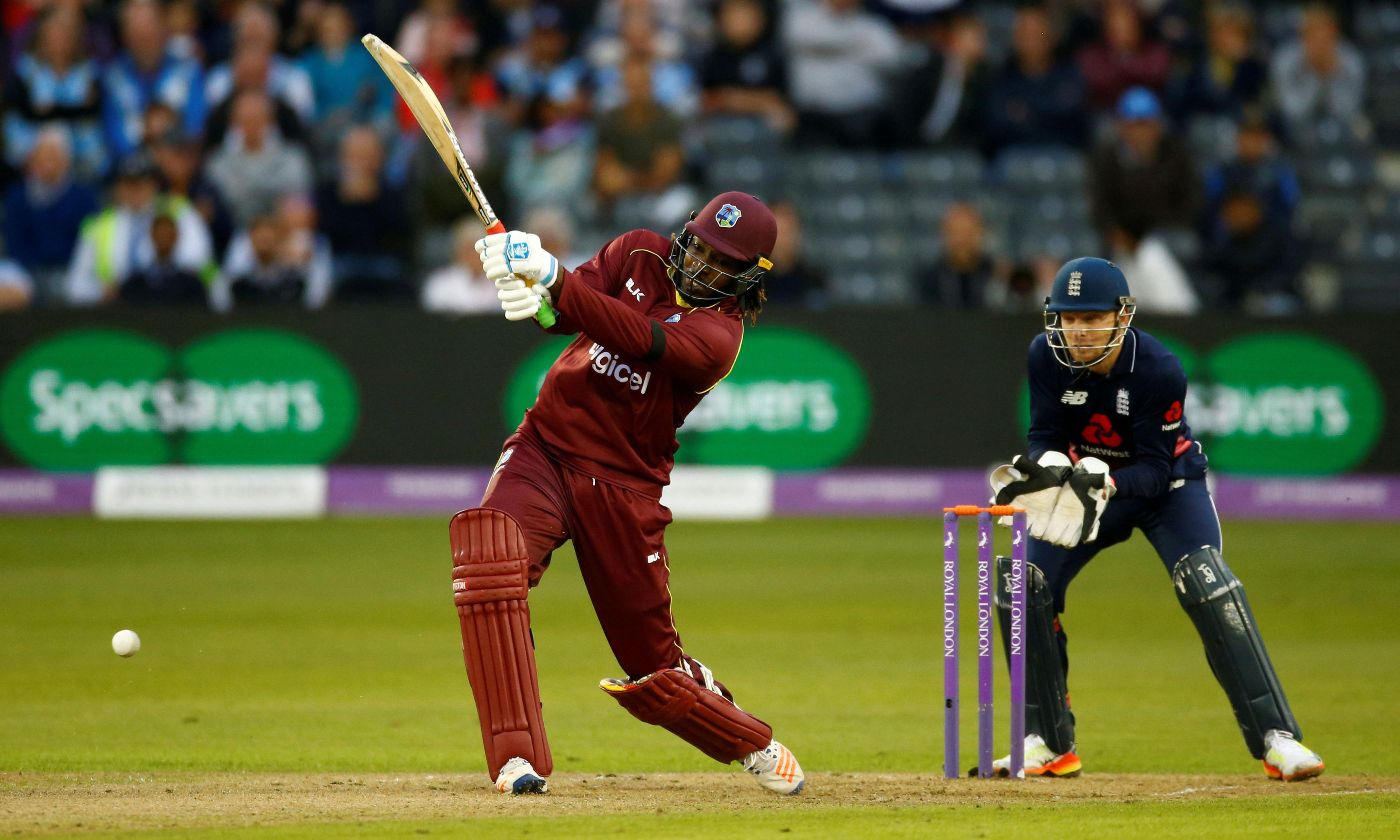 Chris Gayle declares himself 'greatest player' and wants Hundred invite