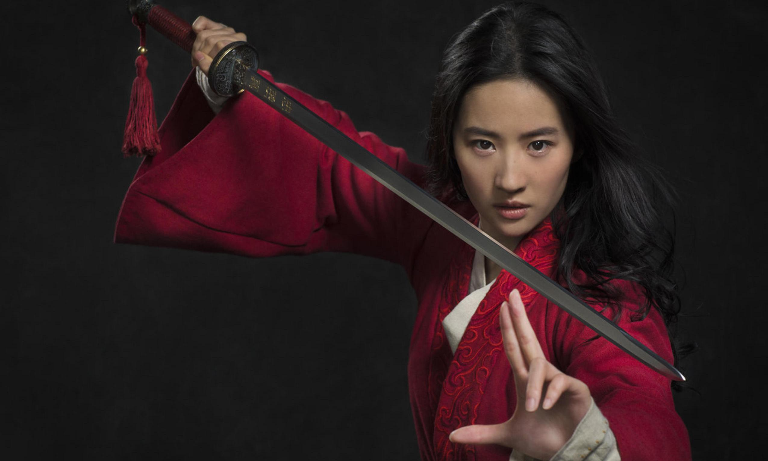 Disney's Mulan star sparks call for boycott with Hong Kong stance