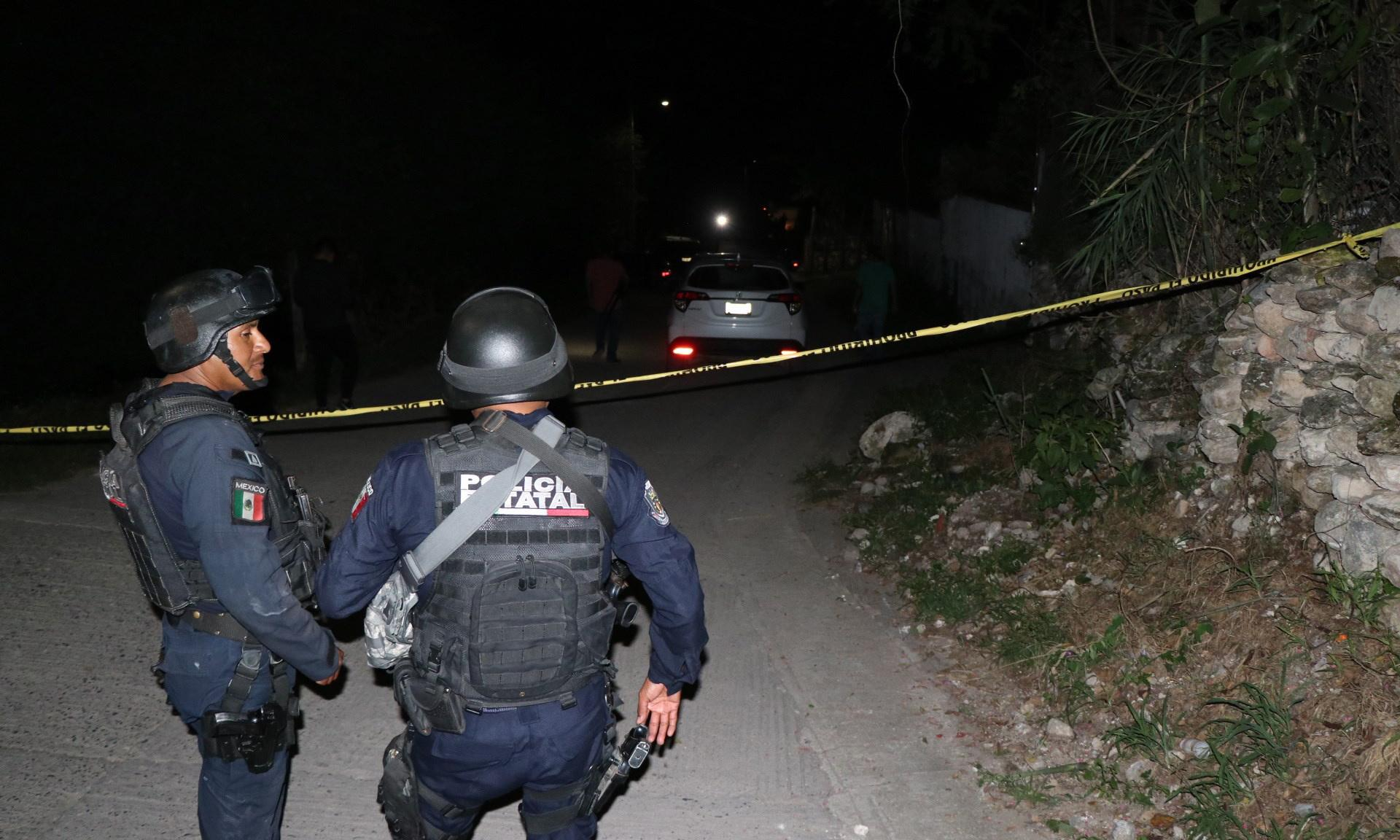 Mexican gunfight between army and civilians leaves 15 dead