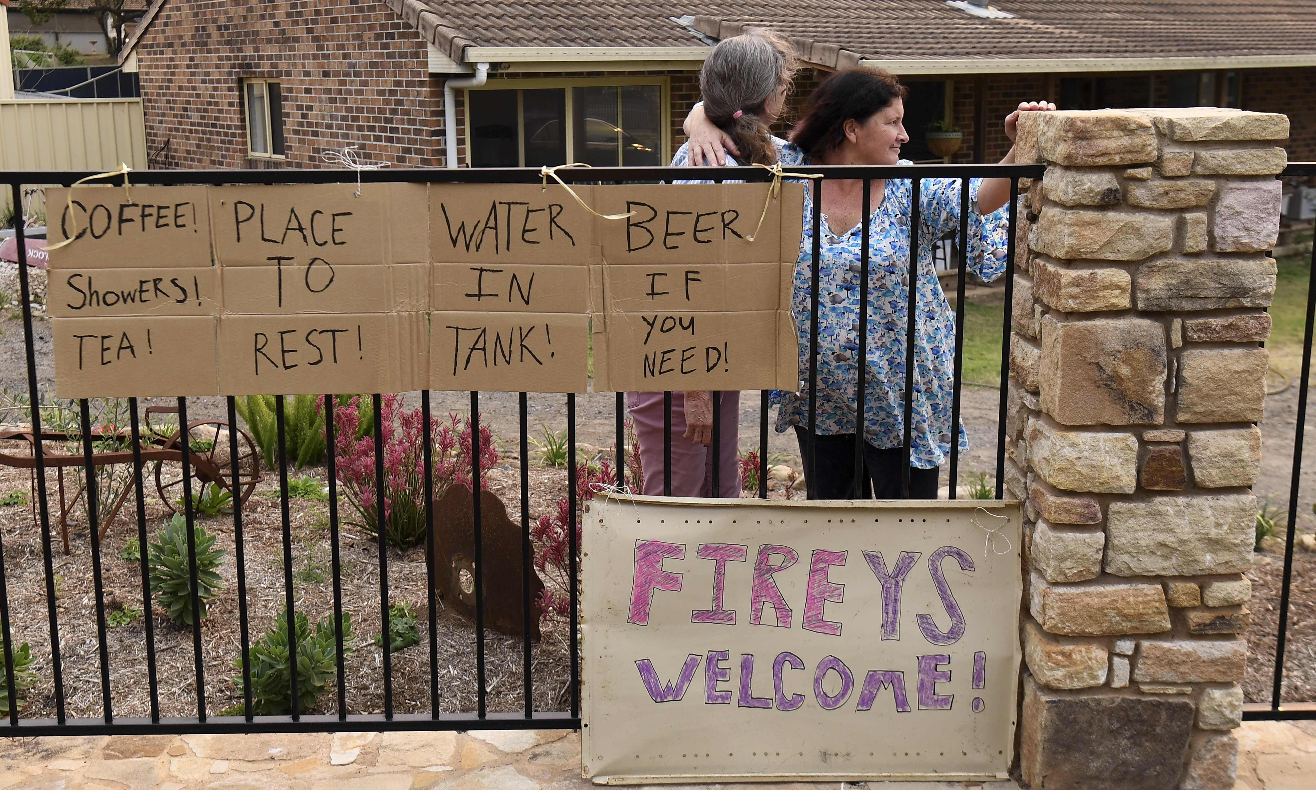 'I'm able to help so I will': community spirit shines through during bushfire crisis