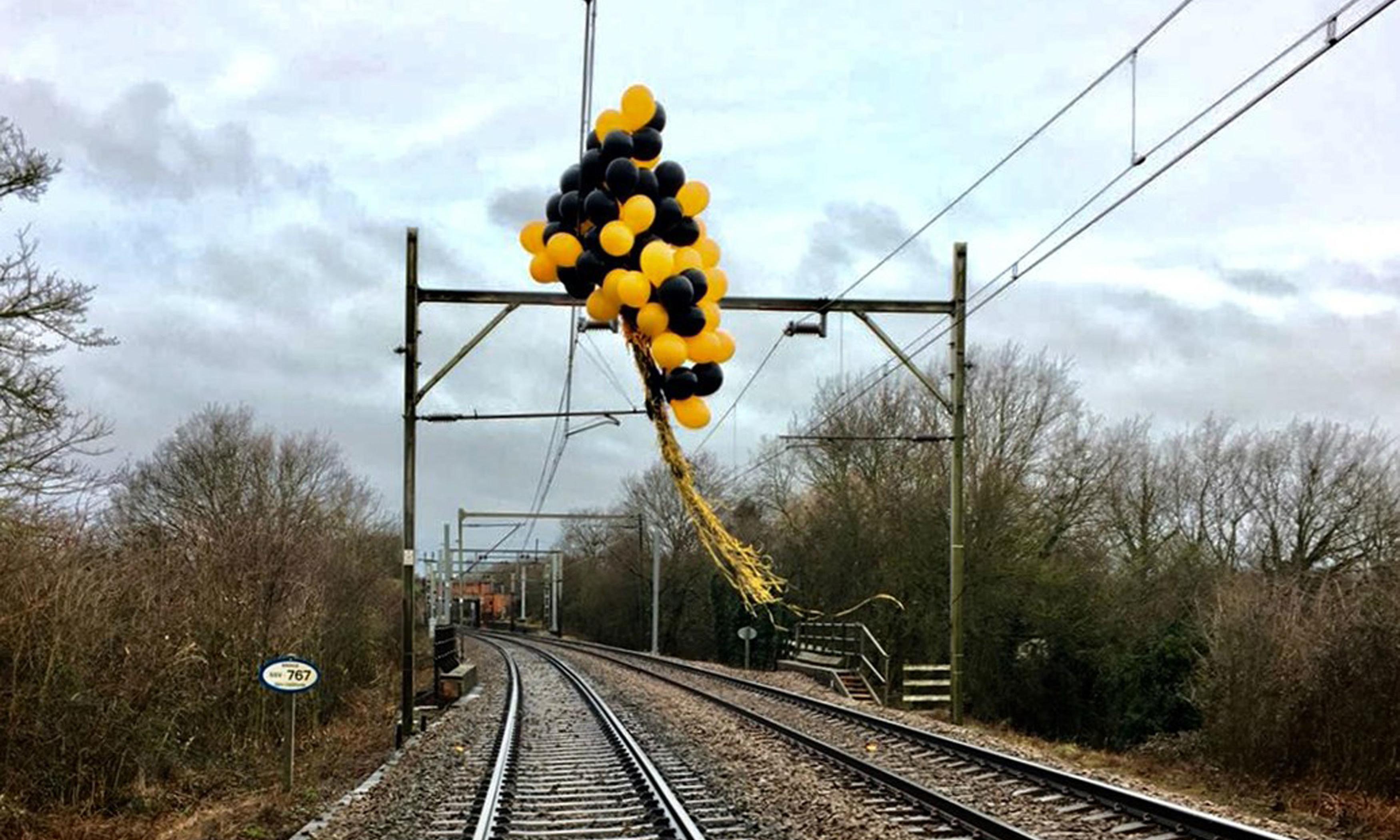 Helium balloons blamed for hundreds of train delays