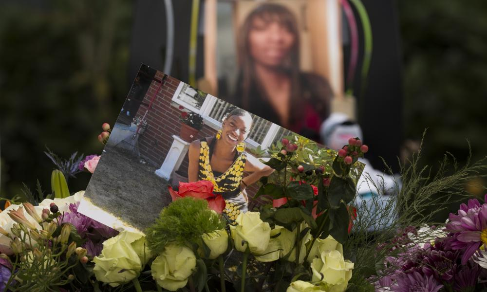 A memorial in Seattle for Charleena Lyles.