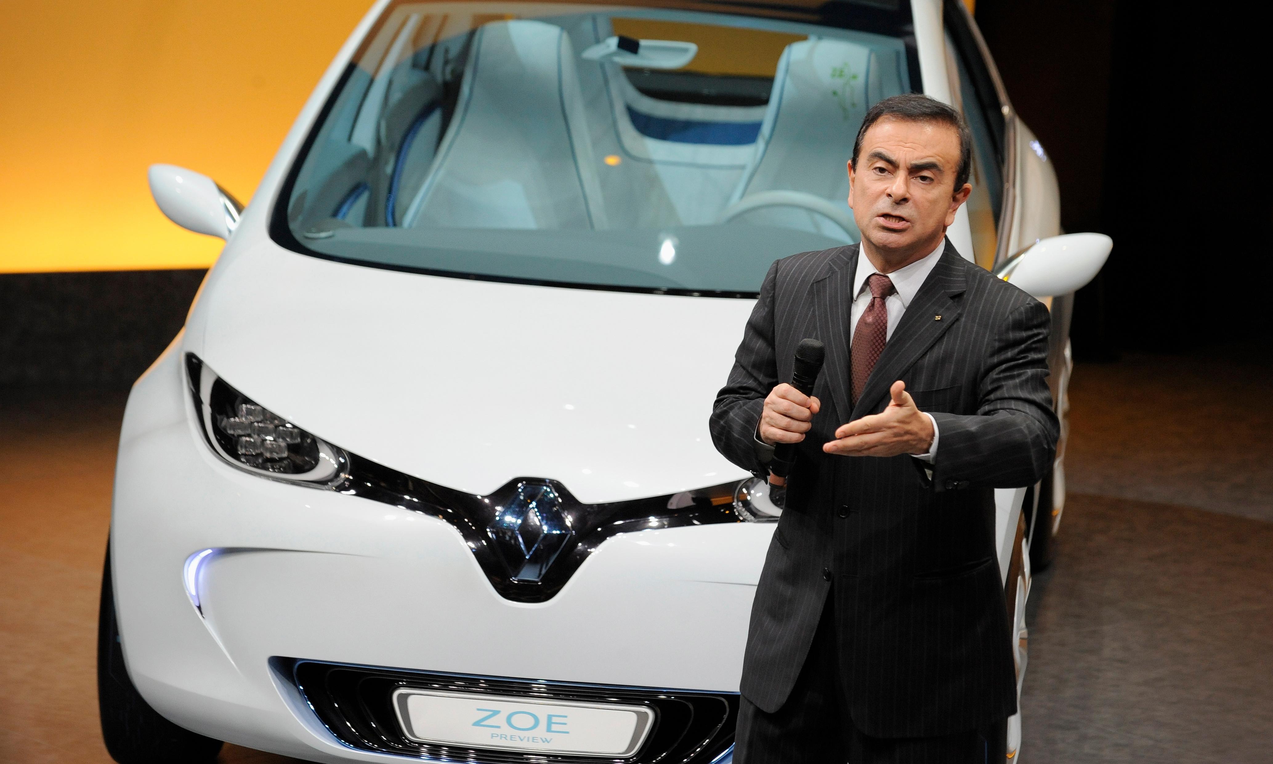 Renault refuses to remove Carlos Ghosn despite shock arrest