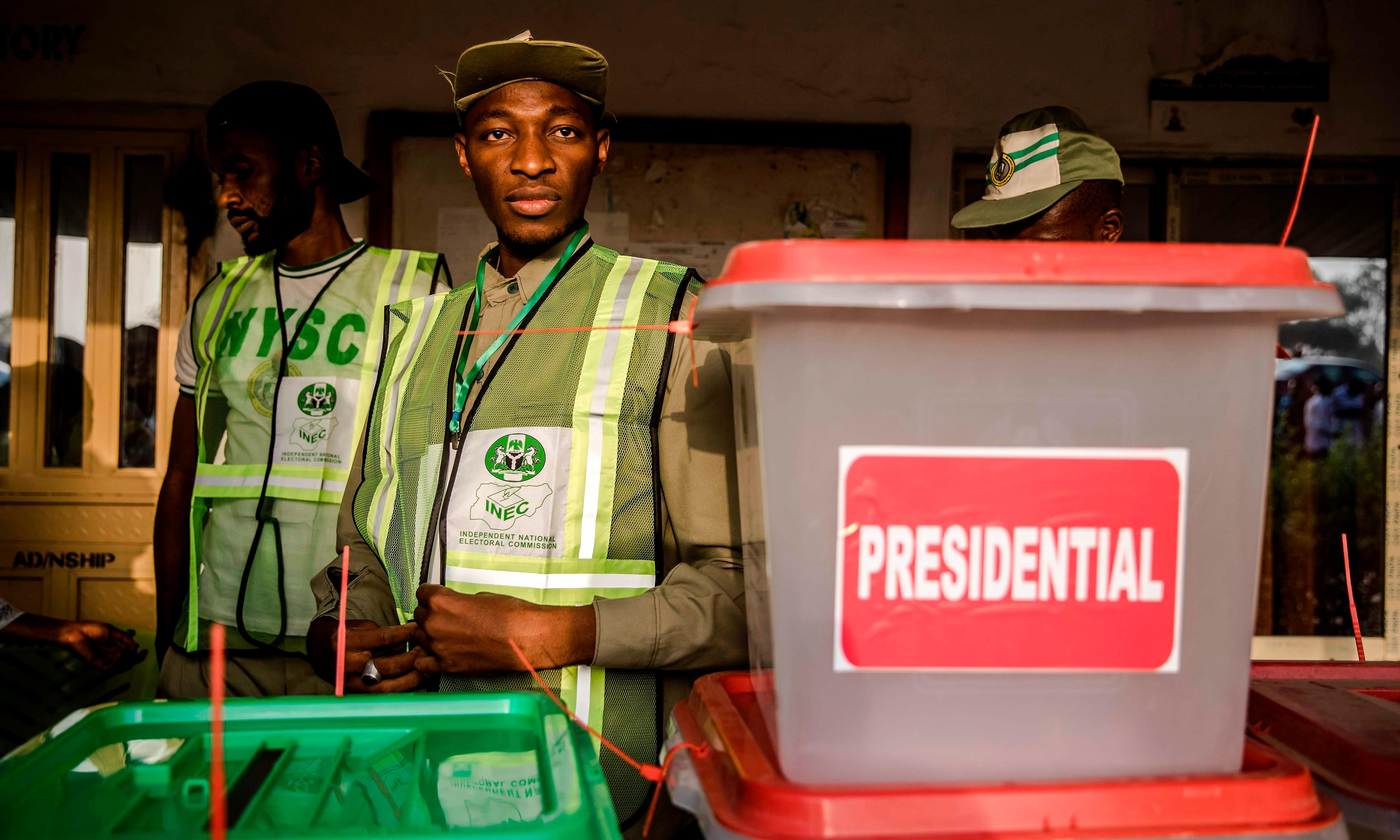Nigeria election goes ahead amid violence and tech failures