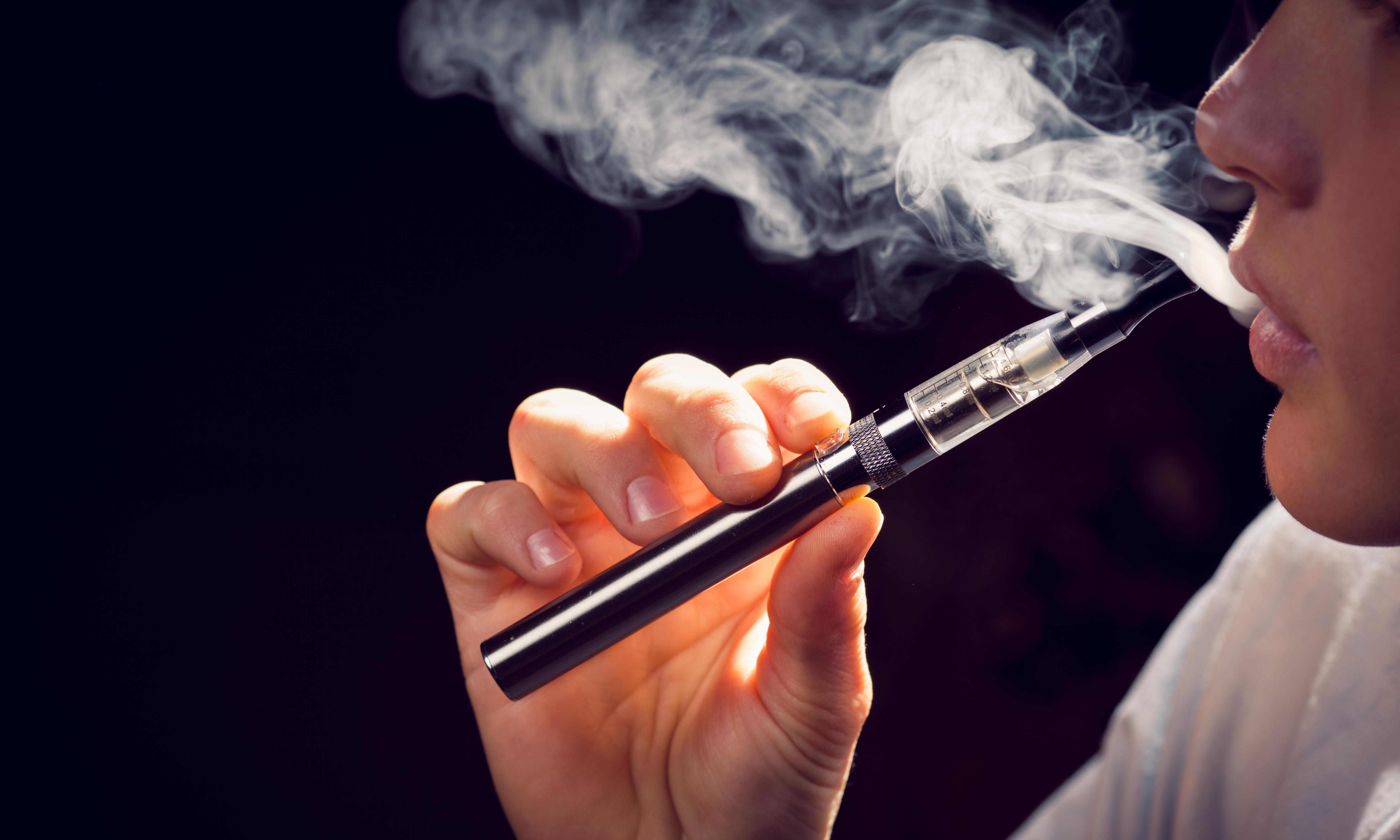 After six deaths in the US and bans around the world – is vaping safe?