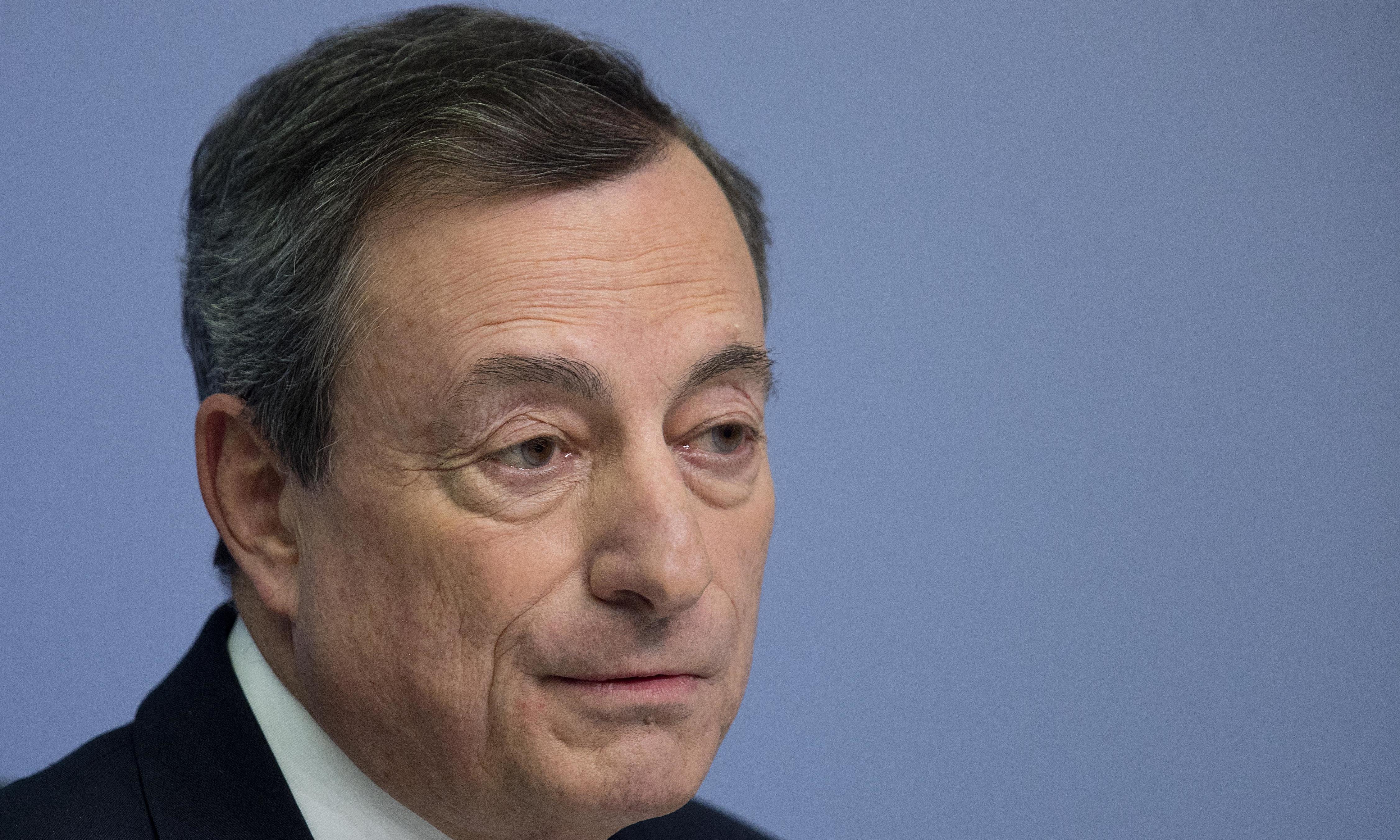 ECB to halt €2.6tn stimulus plan despite eurozone slowdown concerns