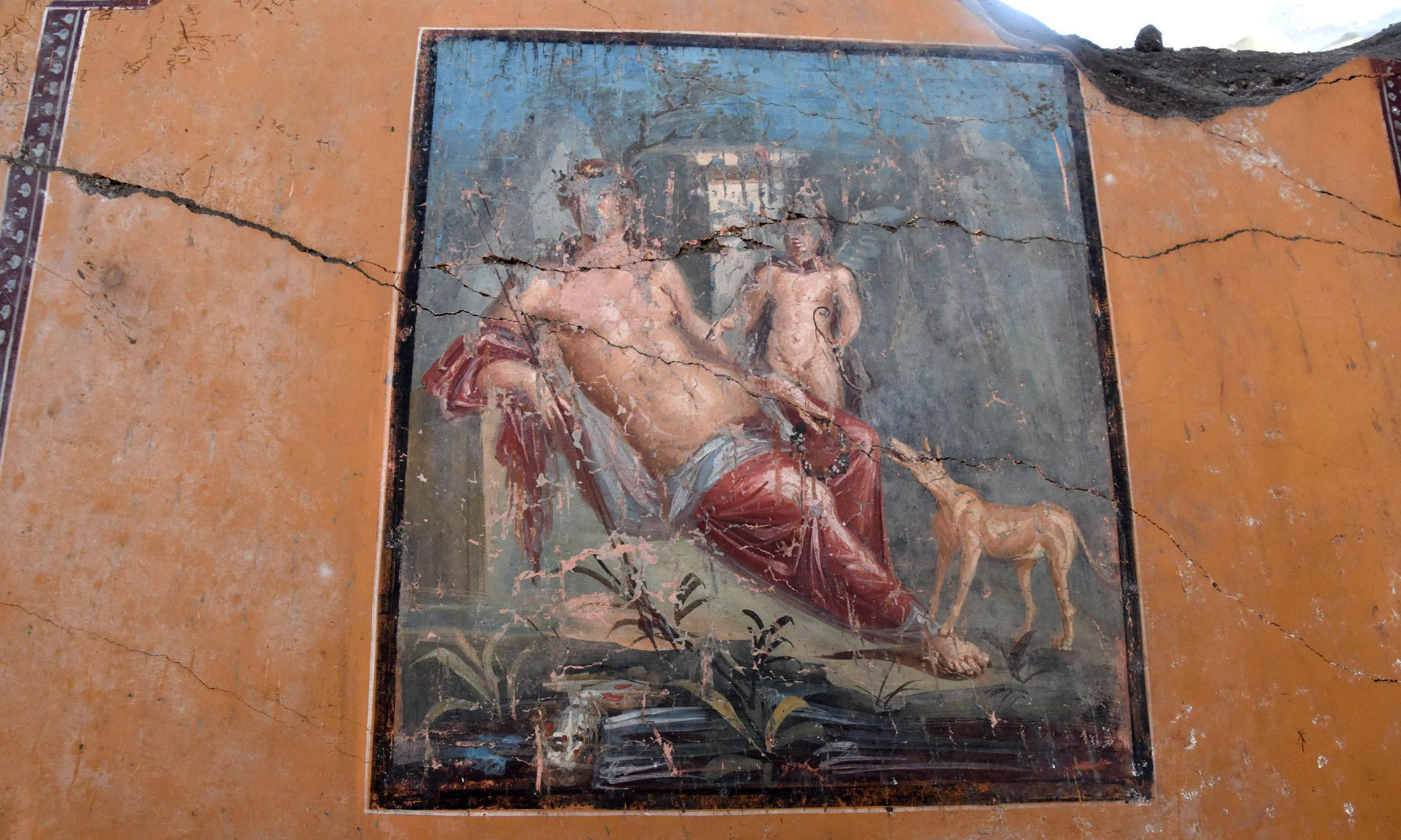 Stunningly preserved fresco of Narcissus discovered in Pompeii