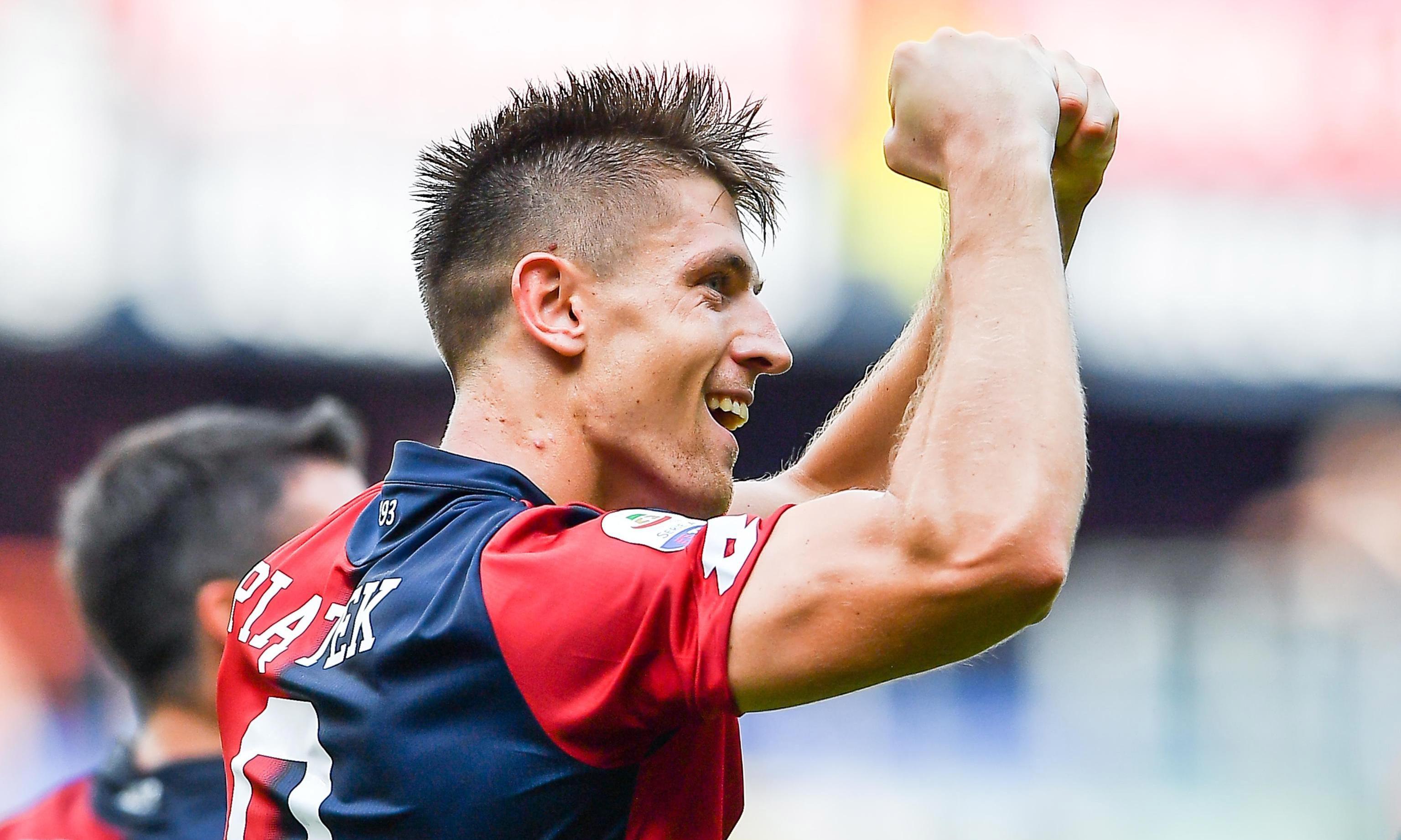 Milan reach agreement to sign Krzysztof Piatek from Genoa for €35m