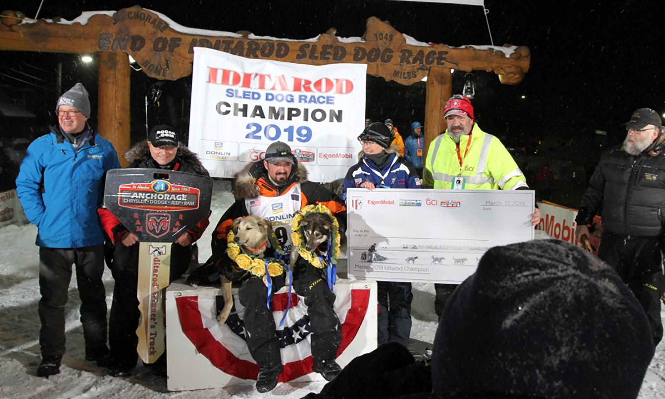 Iditarod 2019: Alaskan Native musher Pete Kaiser wins race in one of closest finishes ever