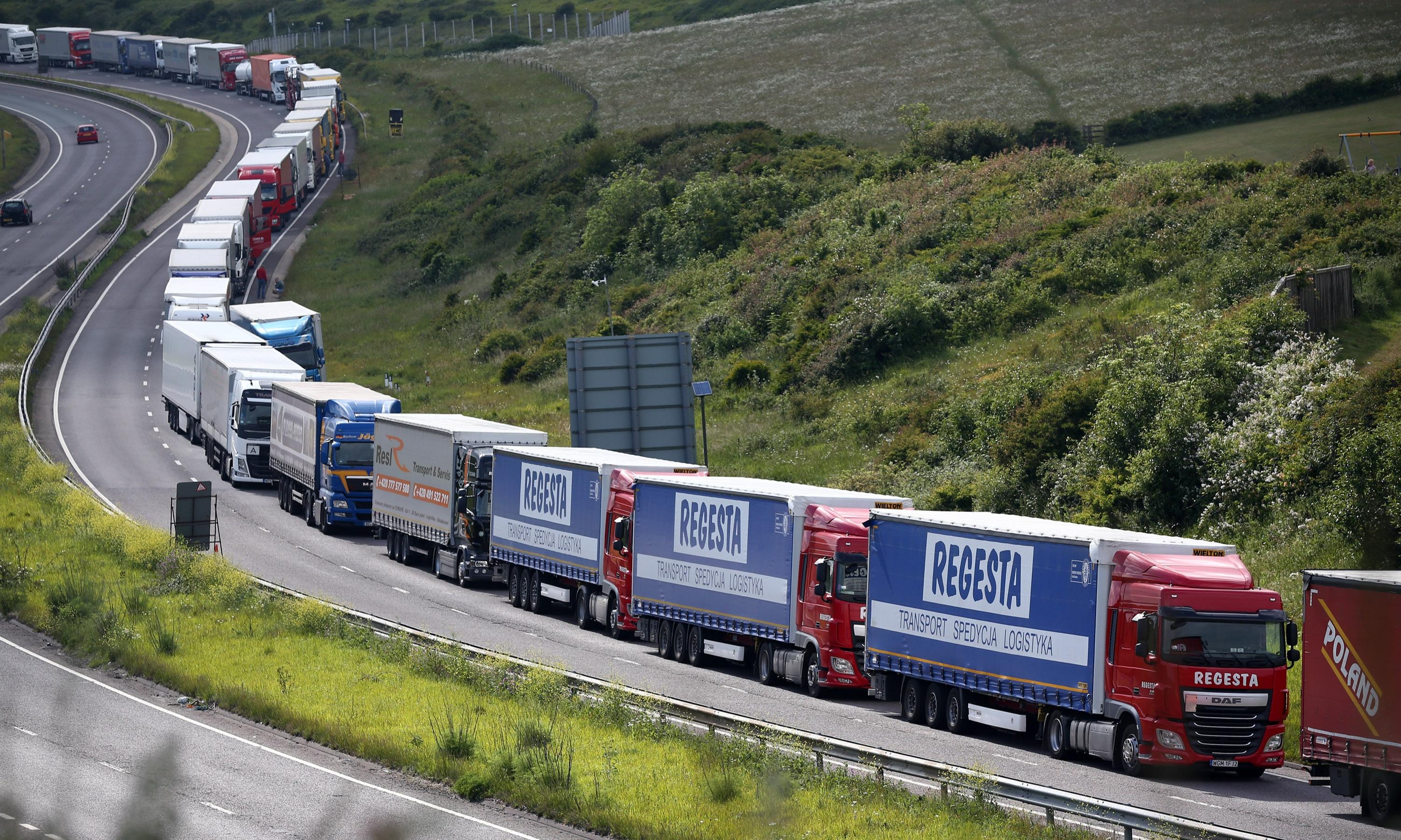 MoD sends planners to ministries over post-Brexit border fears