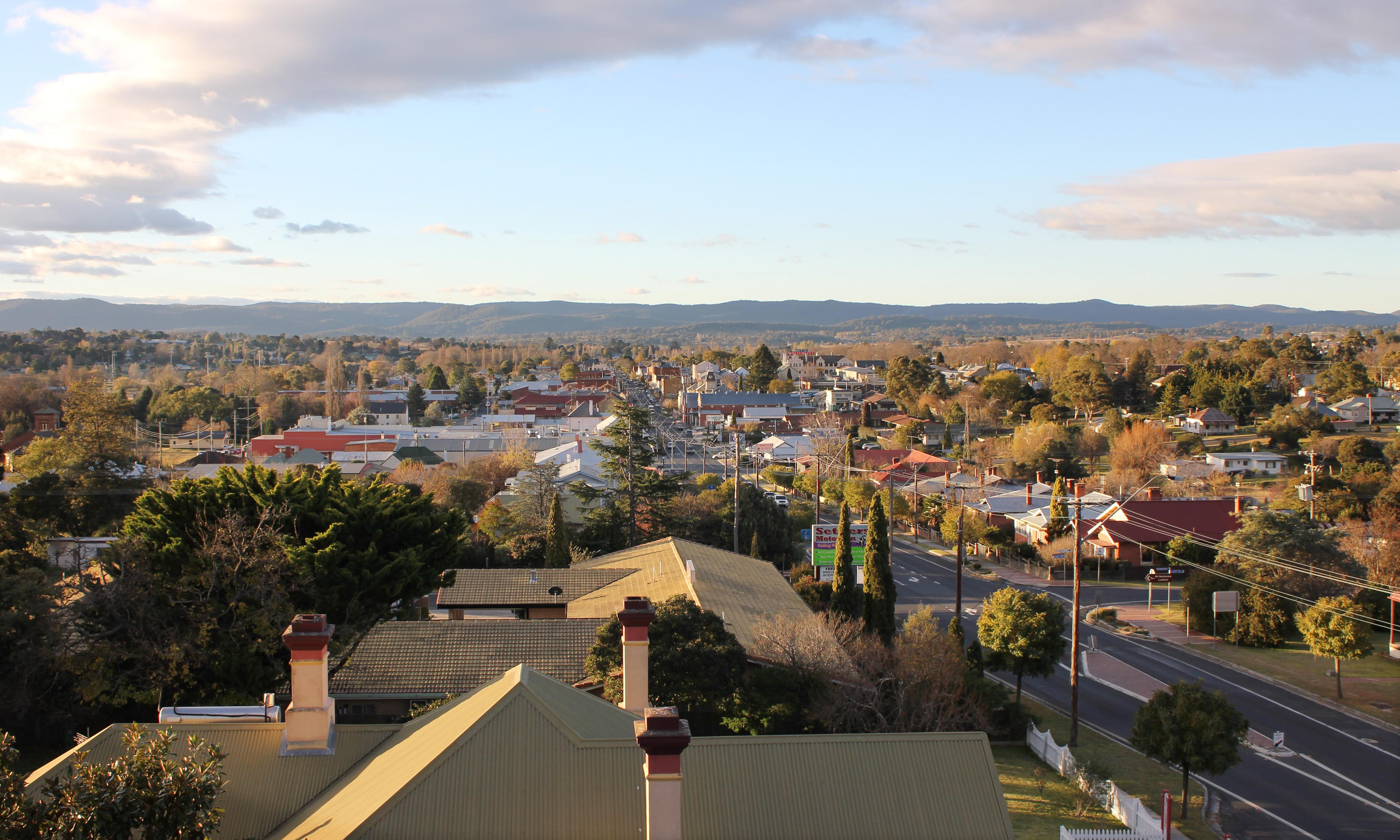 Bushfires and drought leave NSW town of Tenterfield without clean water for 72 days